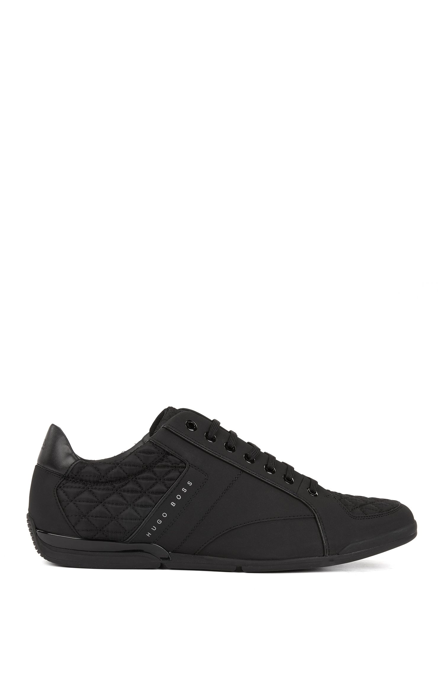 Sneakers low-top con sezioni in pelle e trapuntate, Nero
