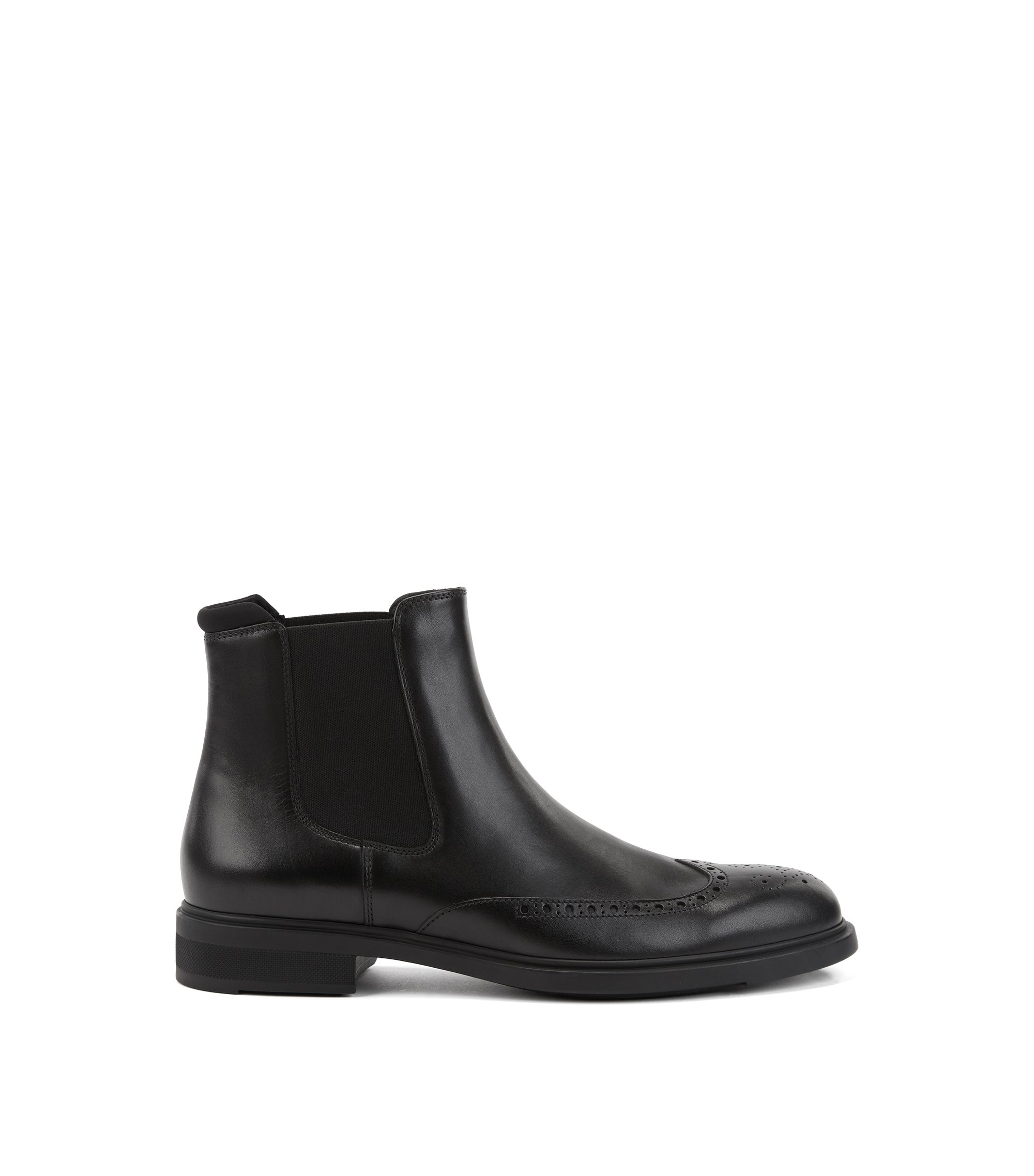 Chelsea boots in calf leather with brogue details, Black
