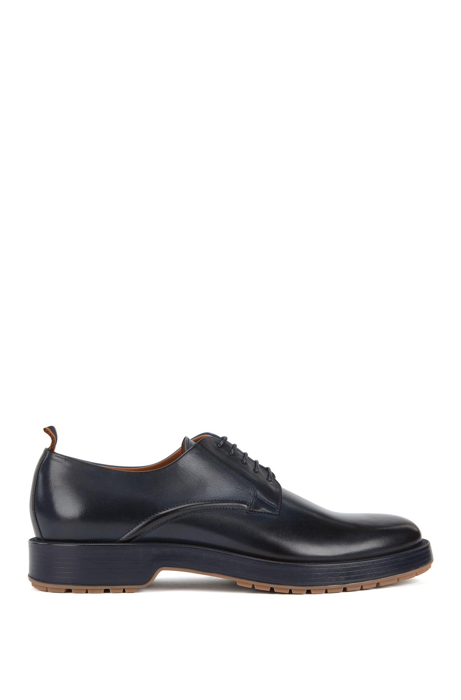 Chaussures derby en cuir de veau poli, avec semelle crantée, Bleu