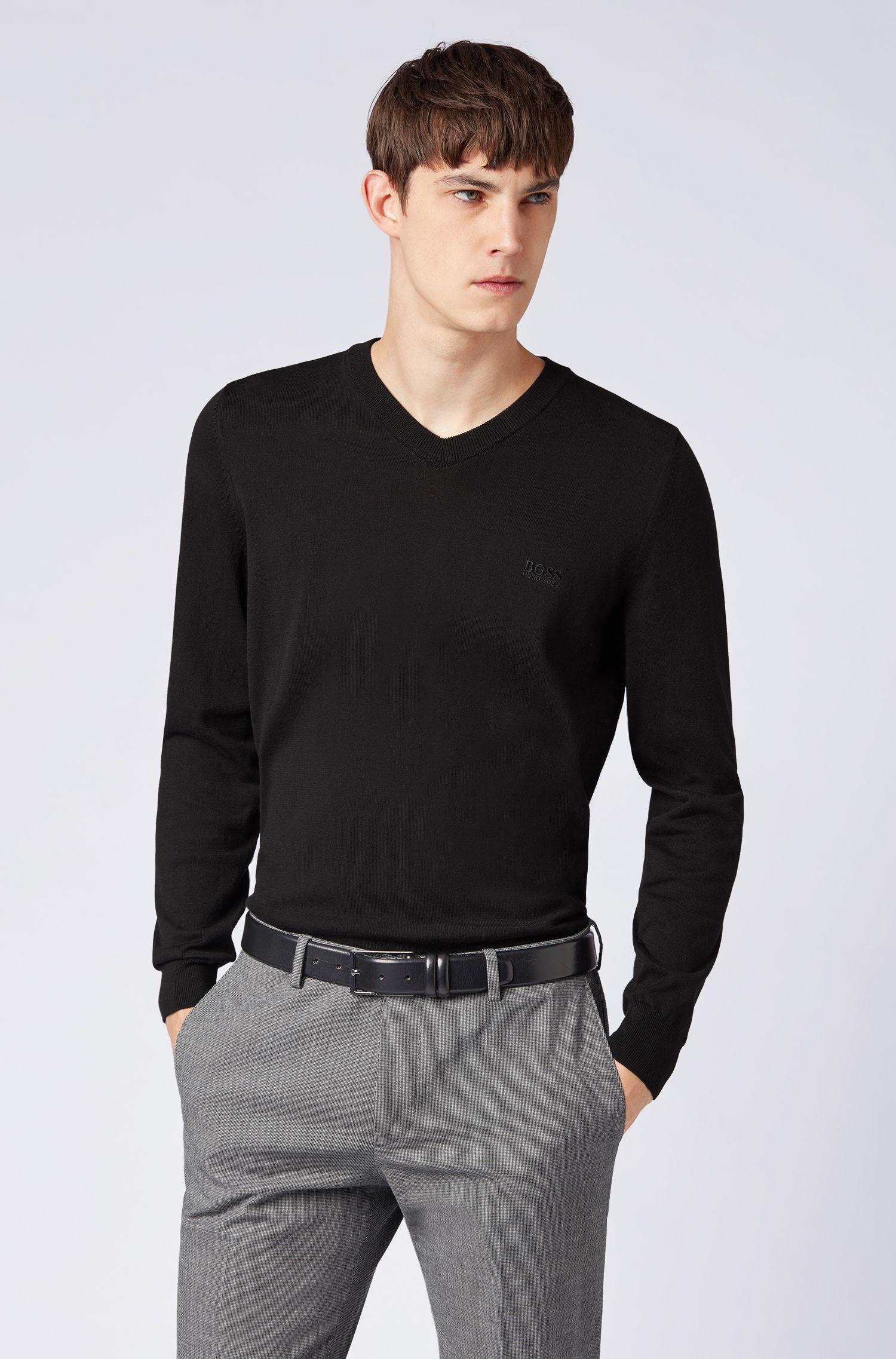 Pullover aus Baumwolle mit V-Ausschnitt und tonaler Stickerei, Schwarz