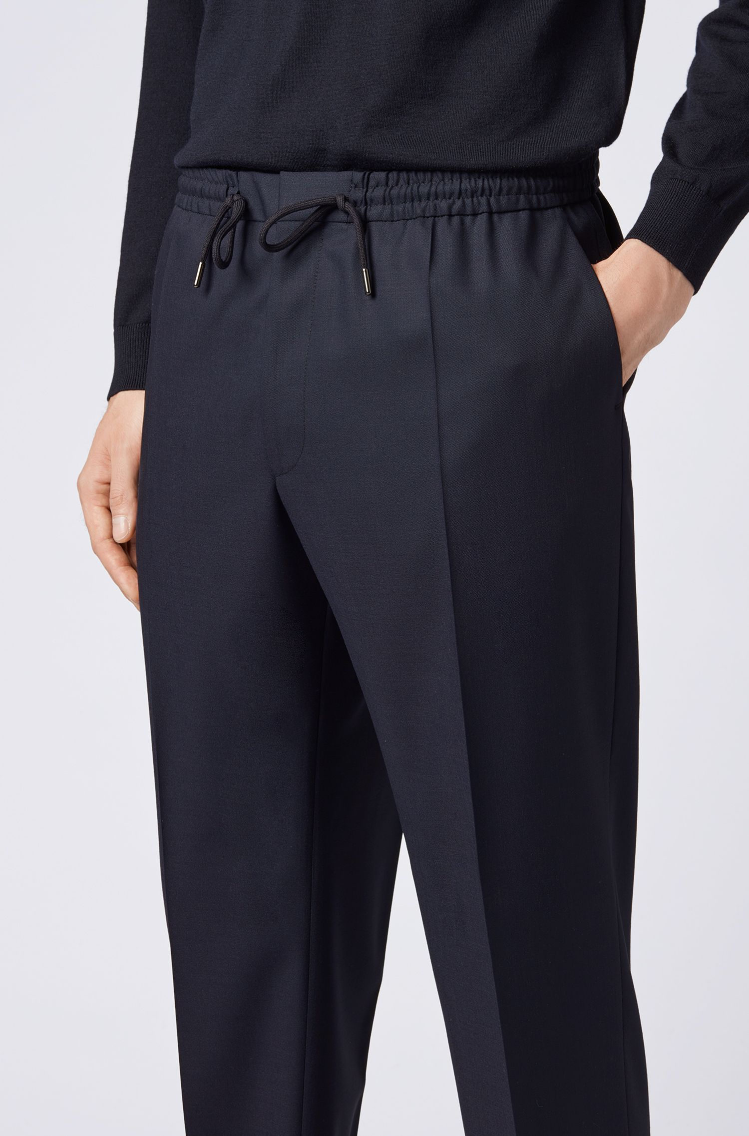 Slim-fit casual trousers in virgin wool