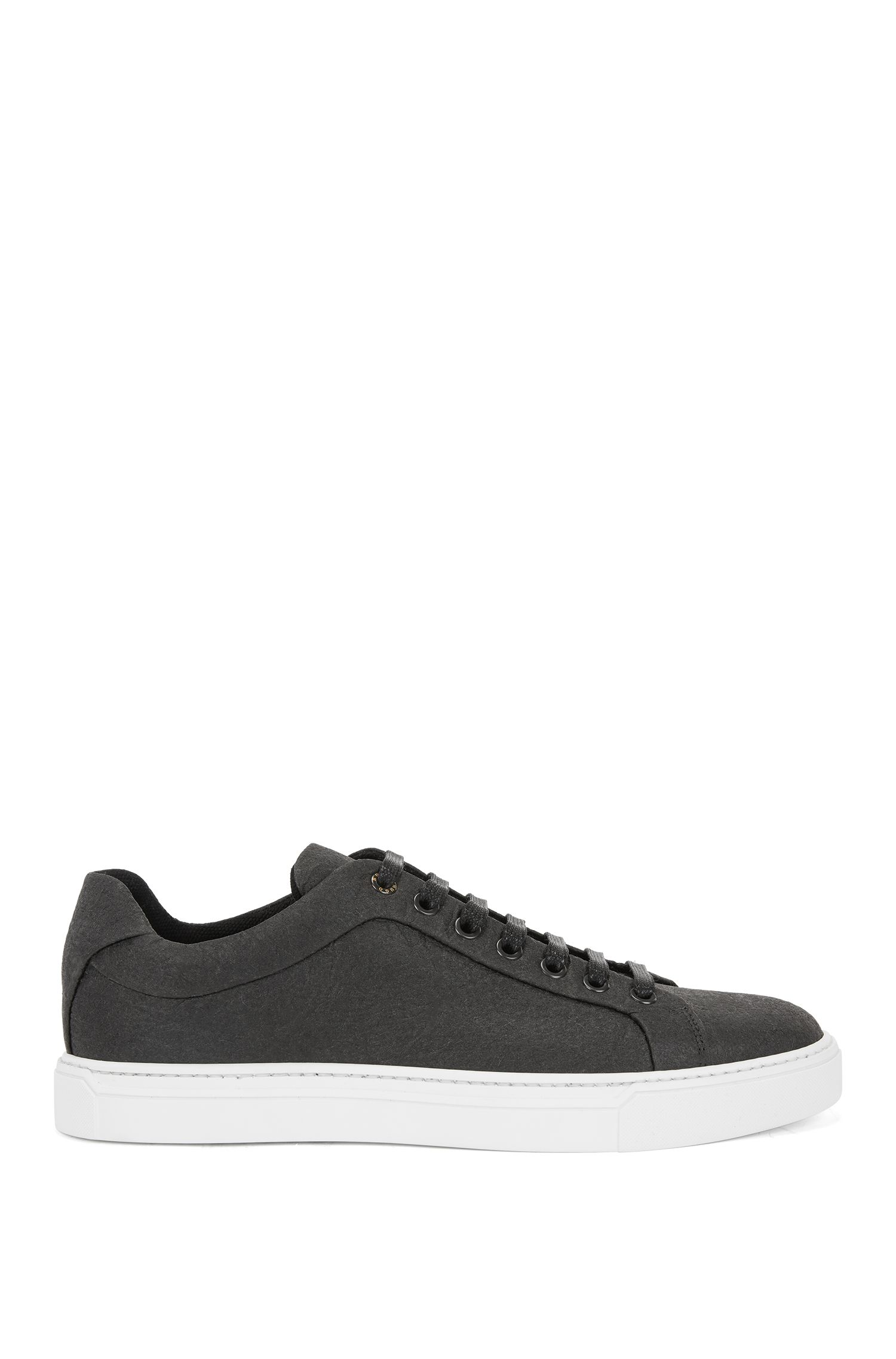 Limited-edition 100% vegan trainers in Piñatex®, Black