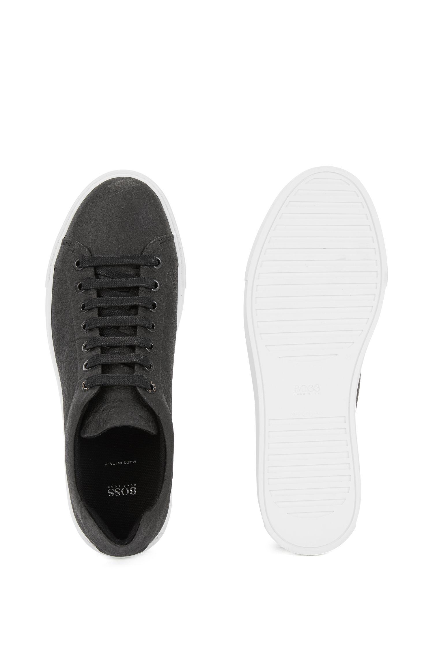 Vegane Sneakers aus Piñatex® aus der Limited Edition