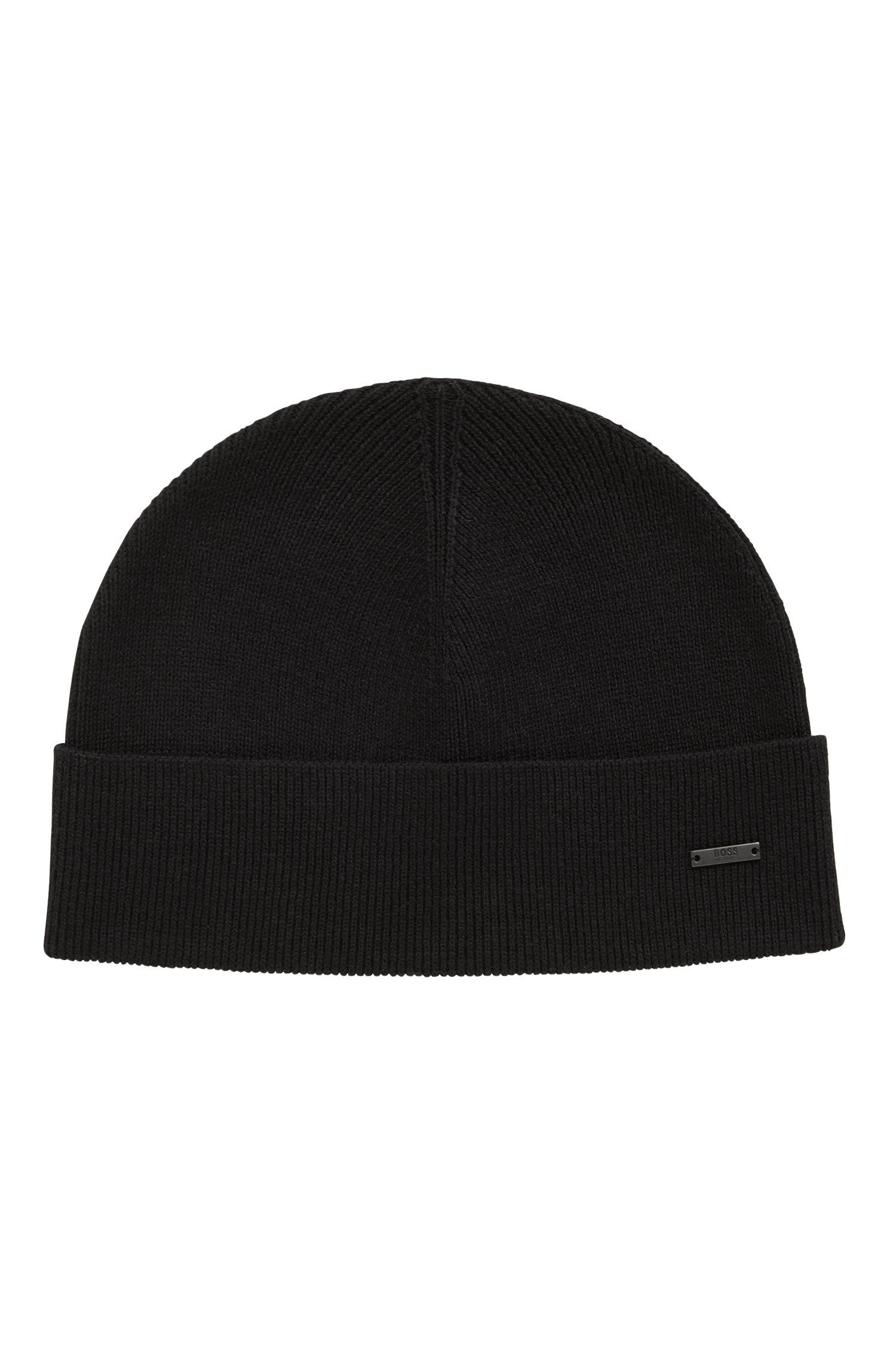 Knitted beanie hat with metal logo badge, Black