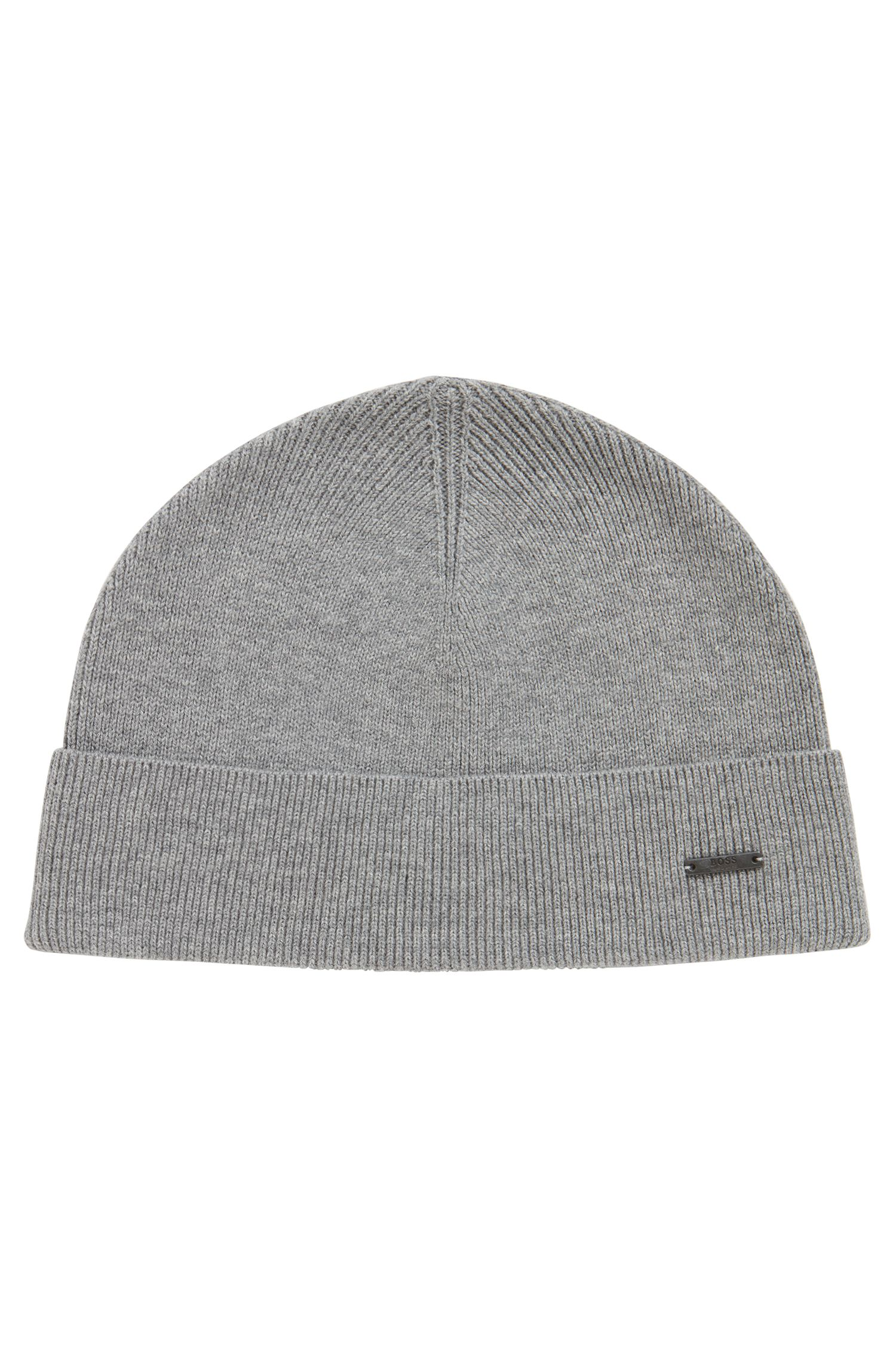 Knitted beanie hat with metal logo badge, Light Grey