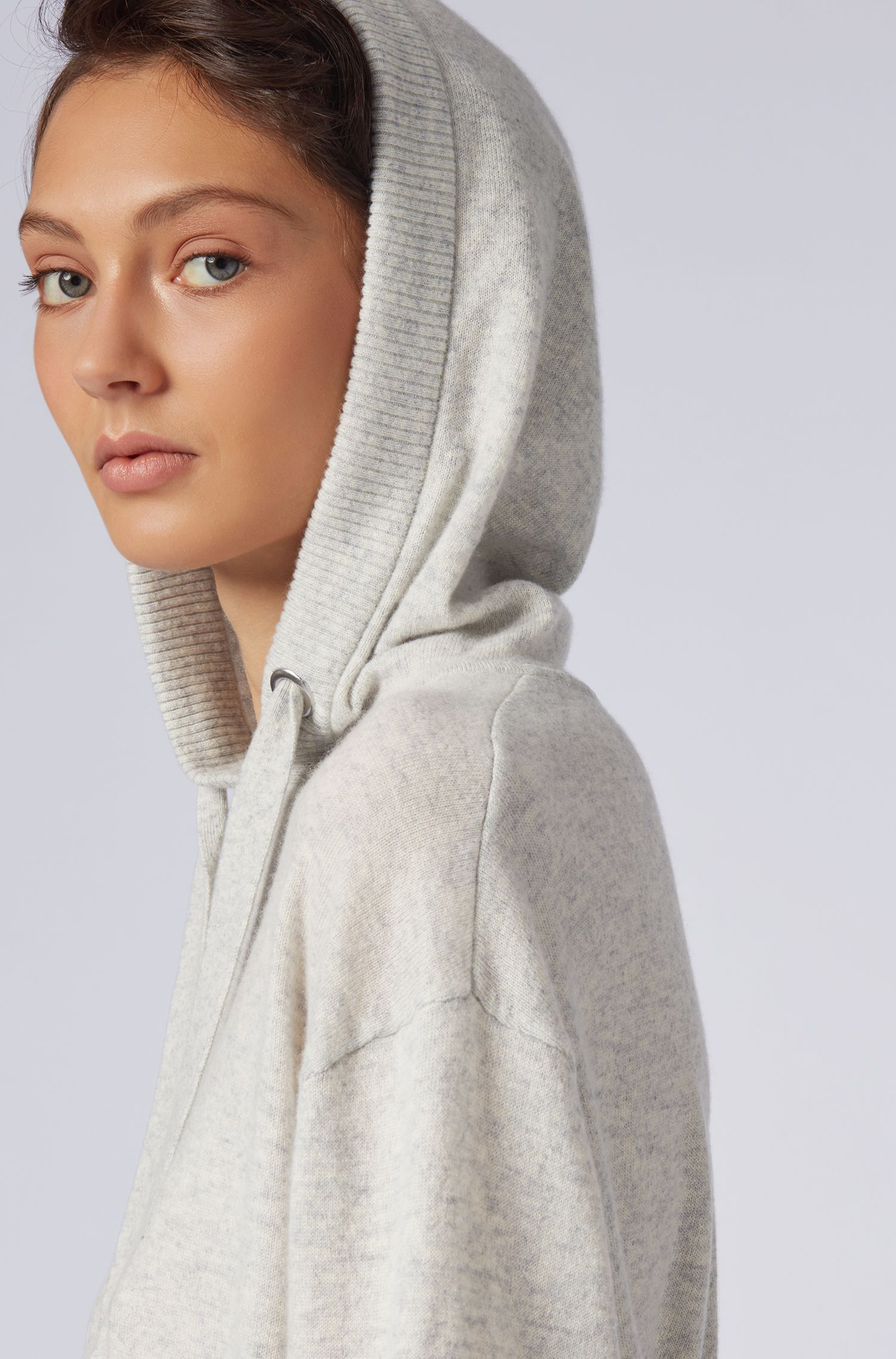 Oversized-fit hooded sweater in pure cashmere, Silver