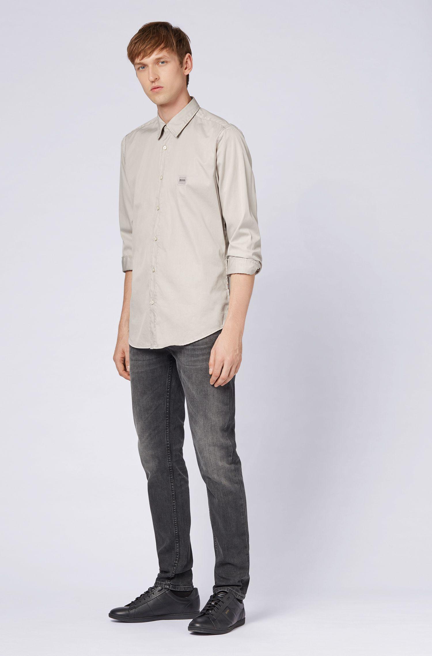 Regular-Fit Hemd aus pigmentgefärbter Baumwolle mit Naht-Details, Hellgrau