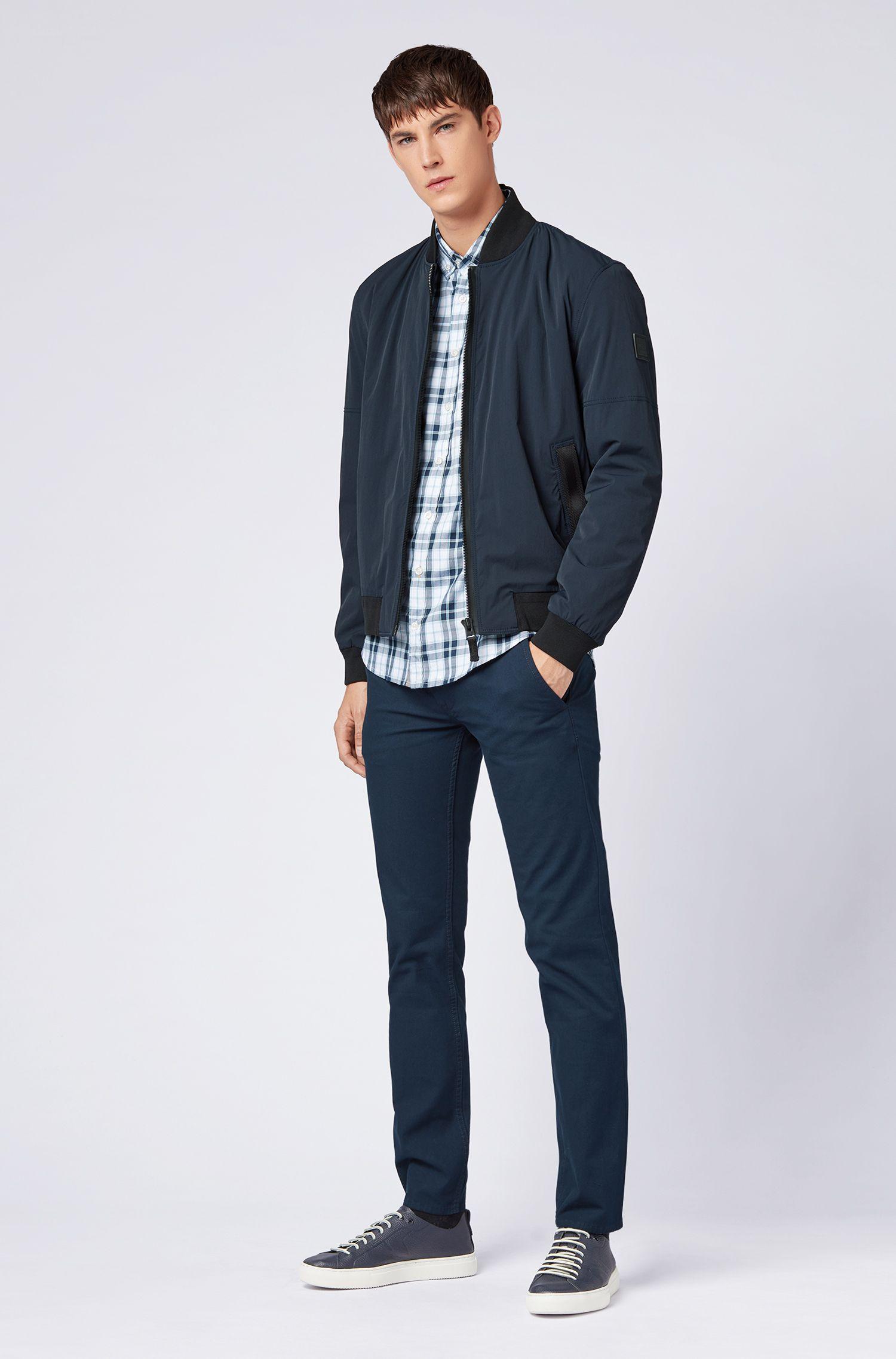 Slim-Fit Hemd mit Button-Down-Kragen und Madras-Karo, Dunkelblau