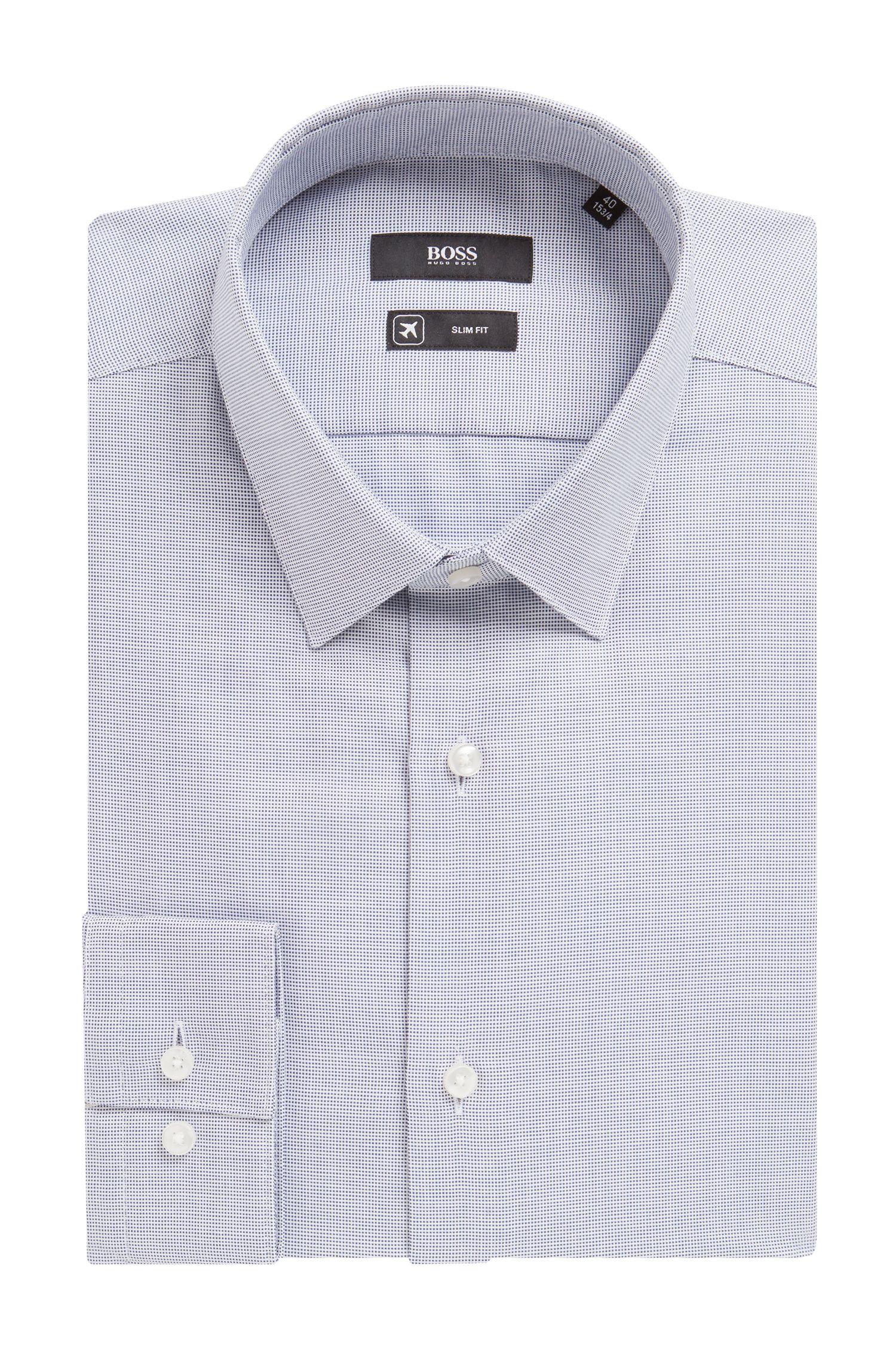 Camisa slim fit de la gama Travel Line en algodón con acabado Fresh Active, Celeste