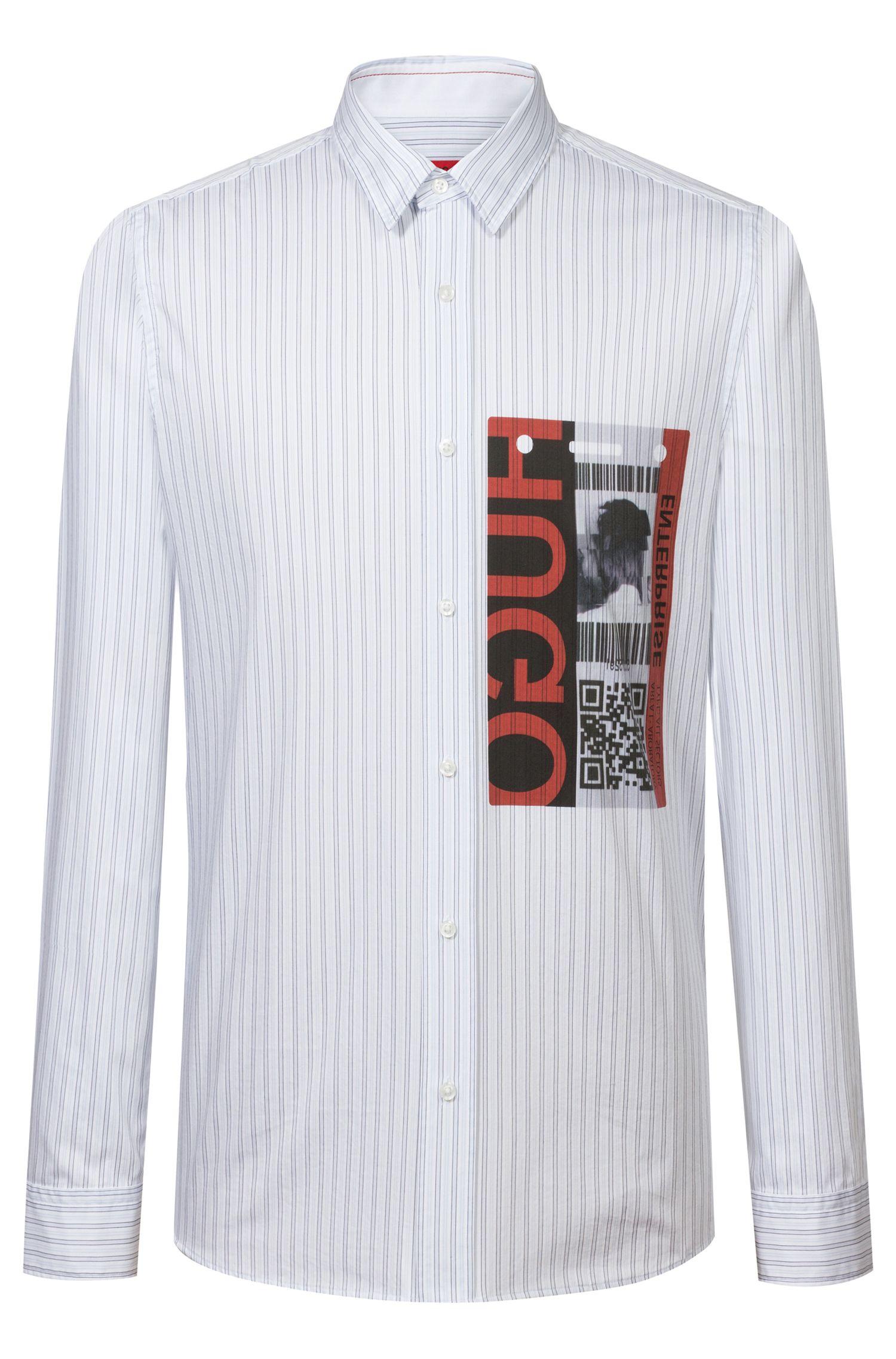 Camisa relaxed fit con estampado gráfico y código QR, Celeste