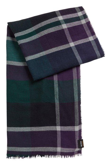 Stückgewaschener Schal mit mehrfarbigem Karo-Muster, Blau