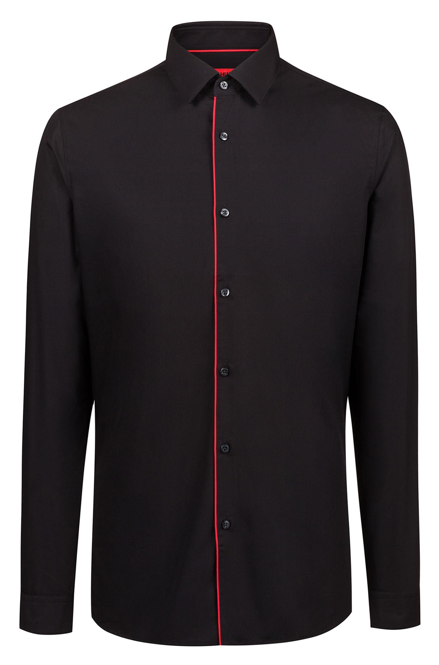 Extra Slim-Fit Hemd aus bügelleichter Baumwolle mit roten Paspeln, Schwarz