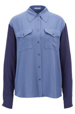 Blusa relaxed fit en crepé francés con bolsillos cosidos, Azul