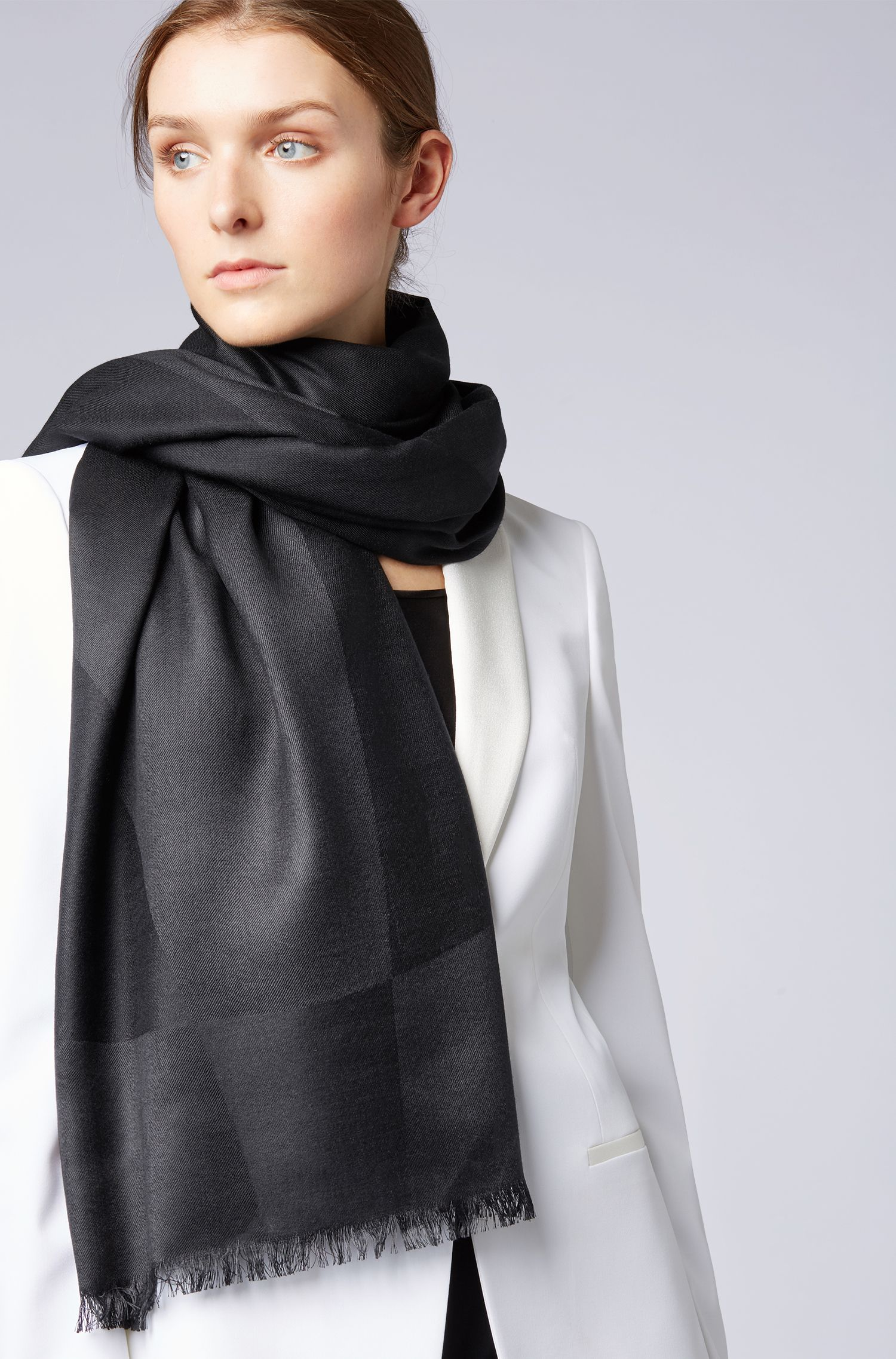 Graphic-jacquard scarf in silk with wool, Black