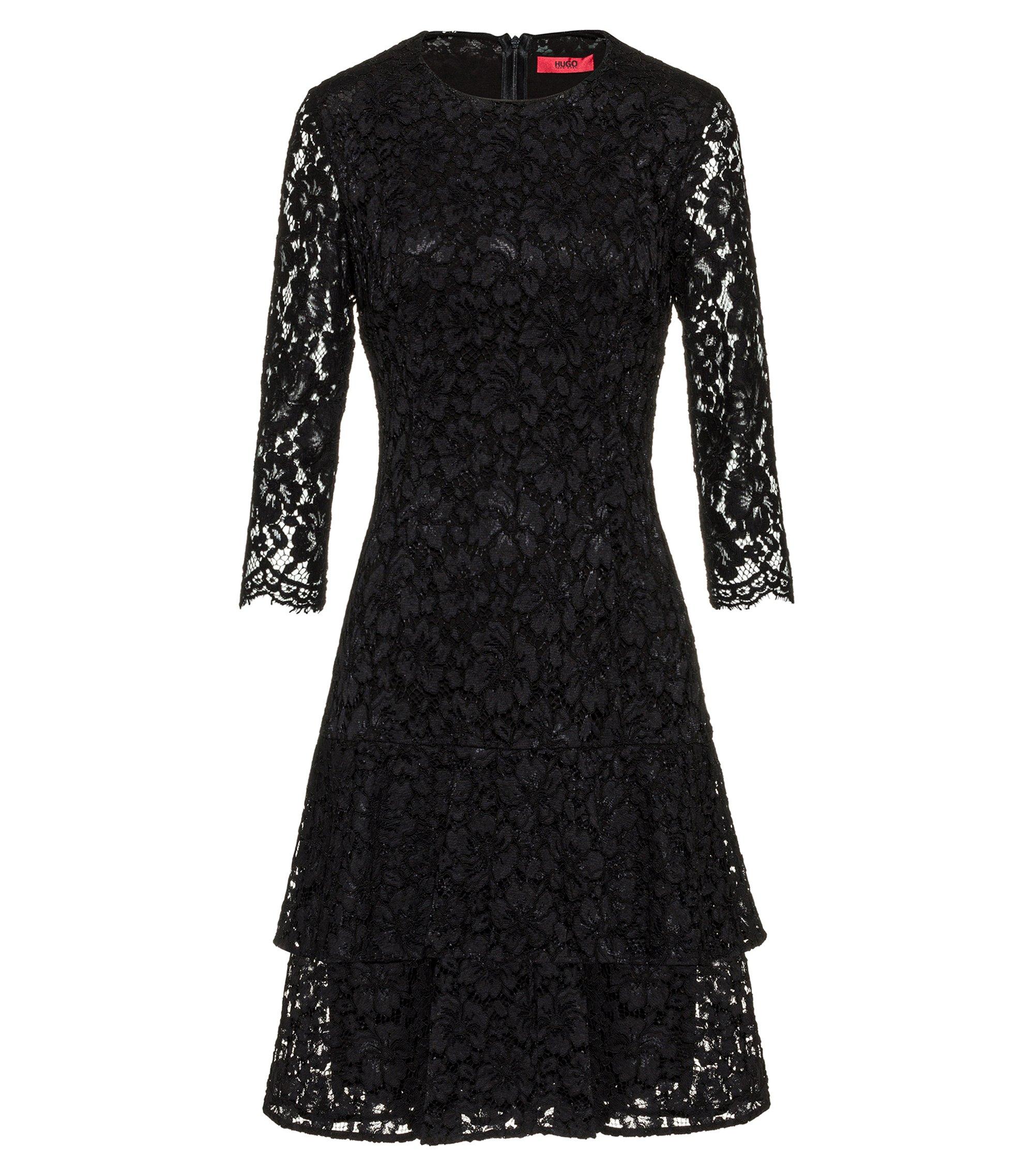 Kleid aus Spitze mit Volantrock, Gemustert