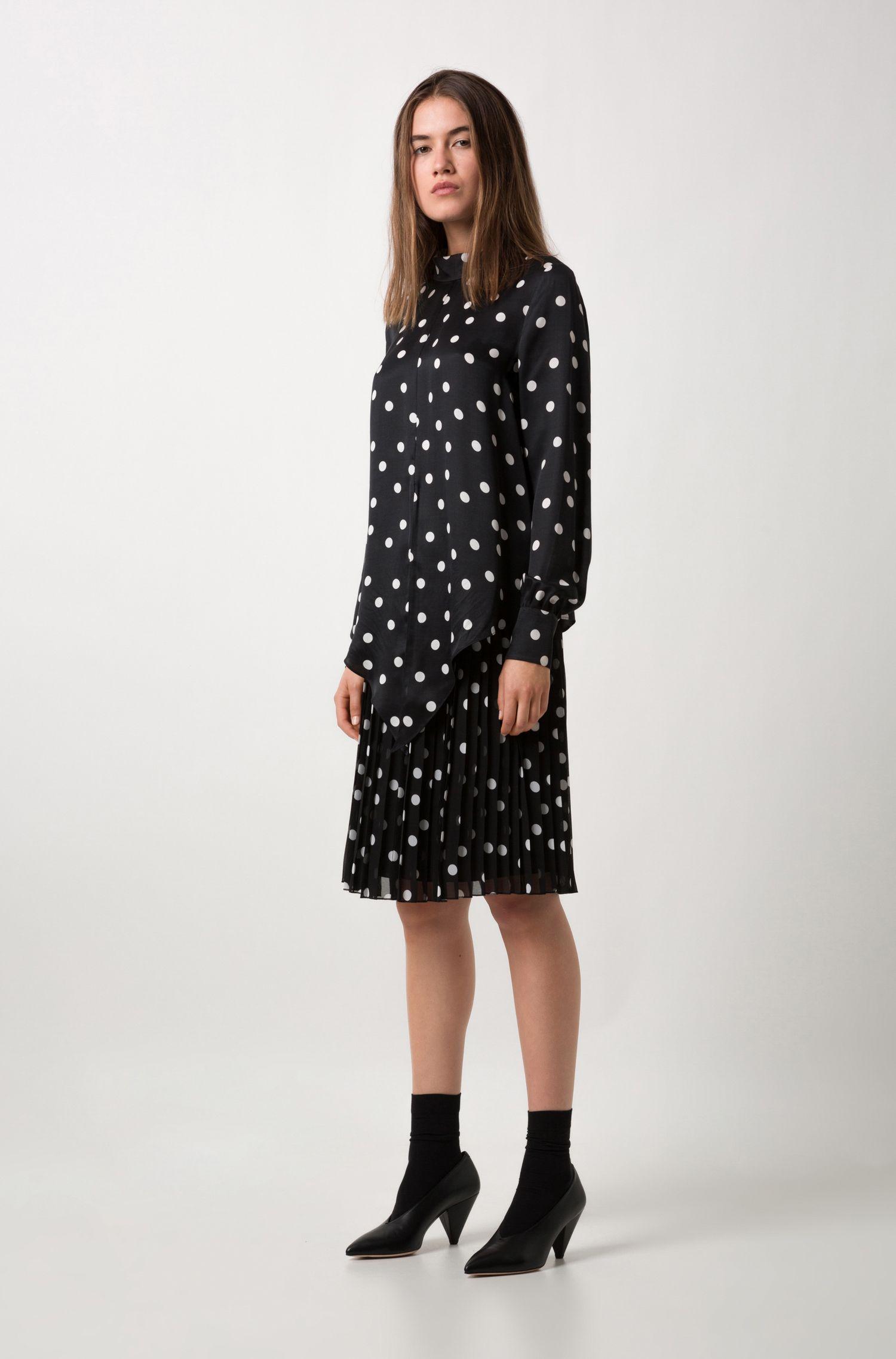 Spot-print plissé skirt with elasticated waistband, Patterned