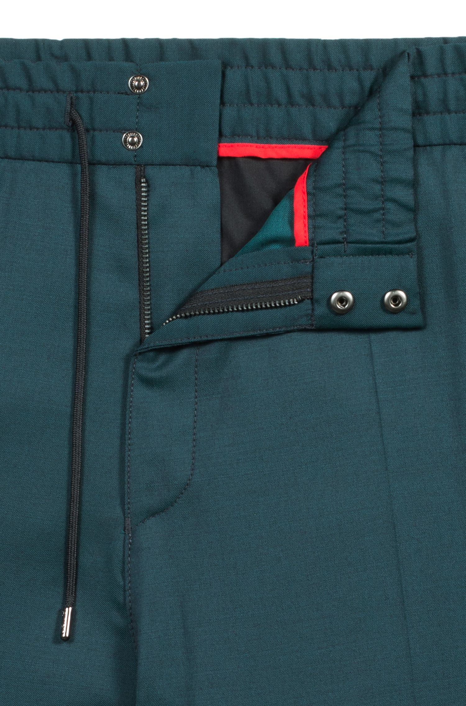 Pantaloni tapered fit in lana vergine con elasticità naturale, Verde scuro
