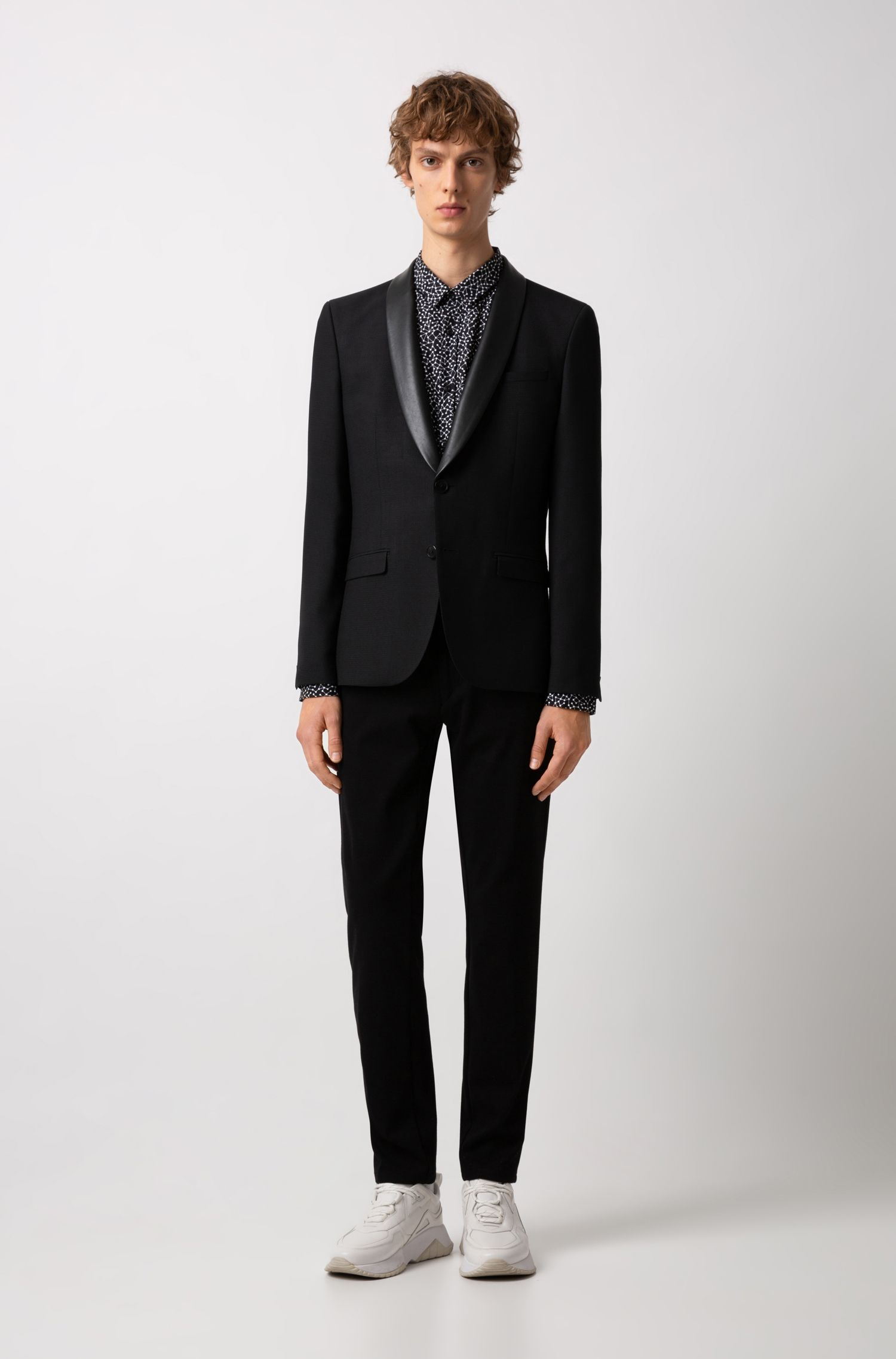 Giacca extra slim fit con revers in similpelle, Nero