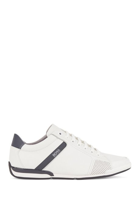 Sneakers basse con tomaia in pelle liscia, Bianco