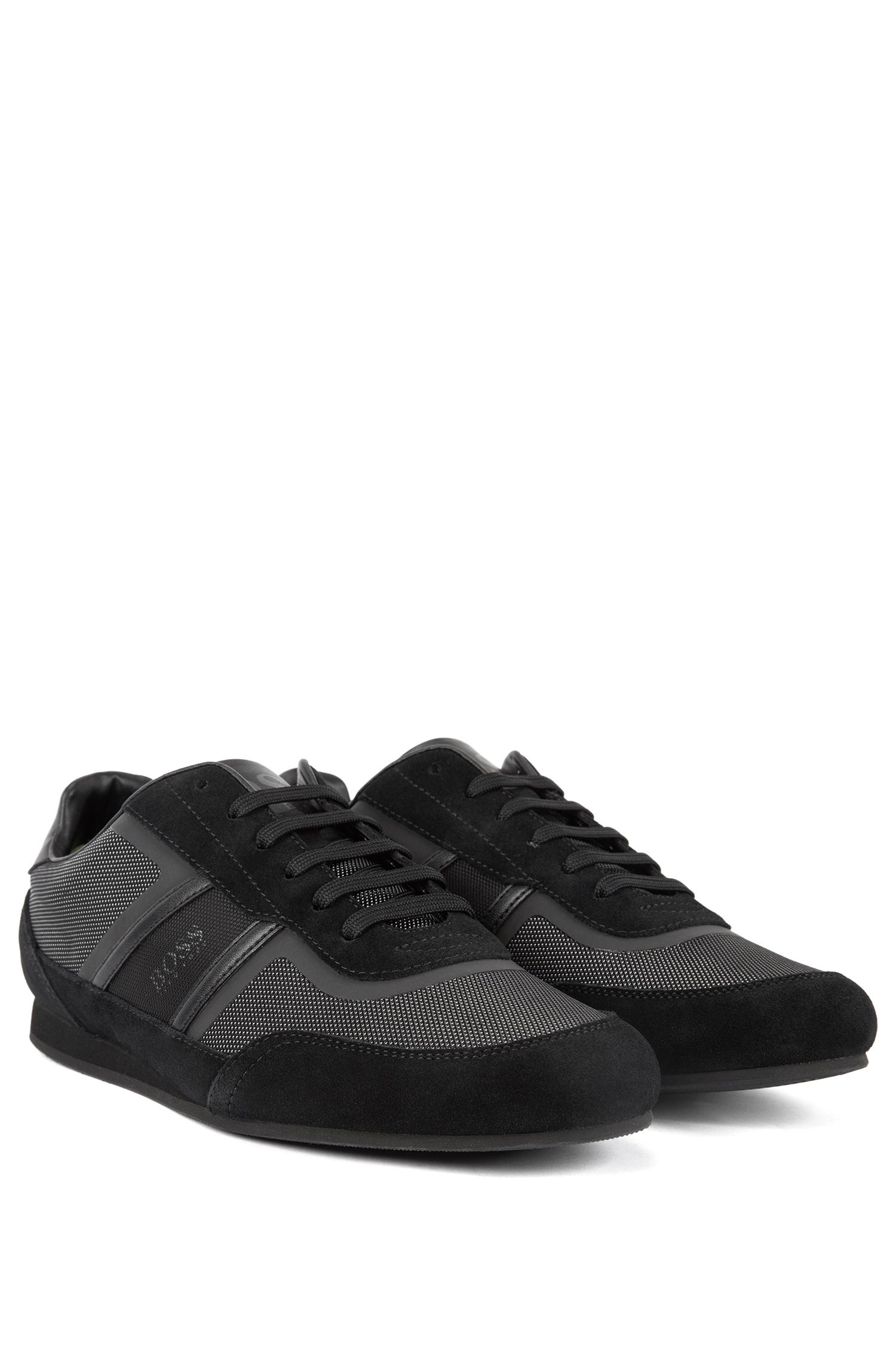Sneakers aus Veloursleder und Material-Mix, Schwarz