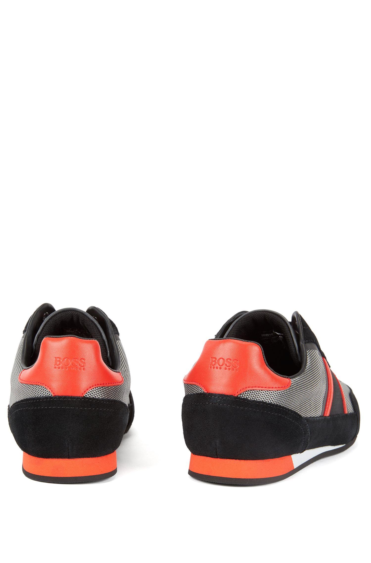 Sneakers aus Veloursleder und Material-Mix, Dunkelgrau