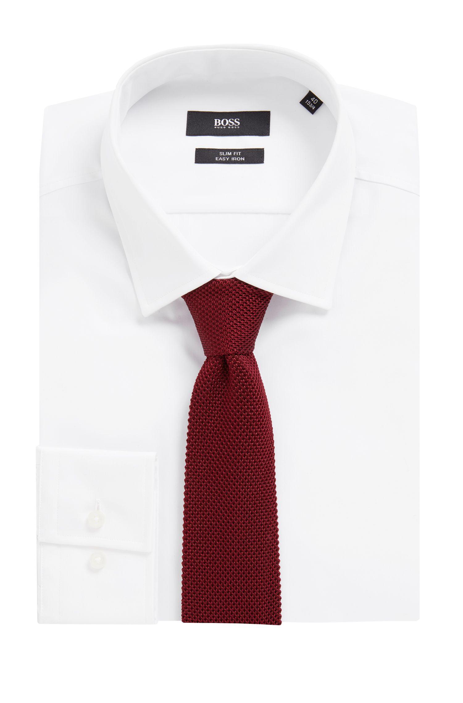 Rechte stropdas in een gebreide piqué van zijde, Donkerrood