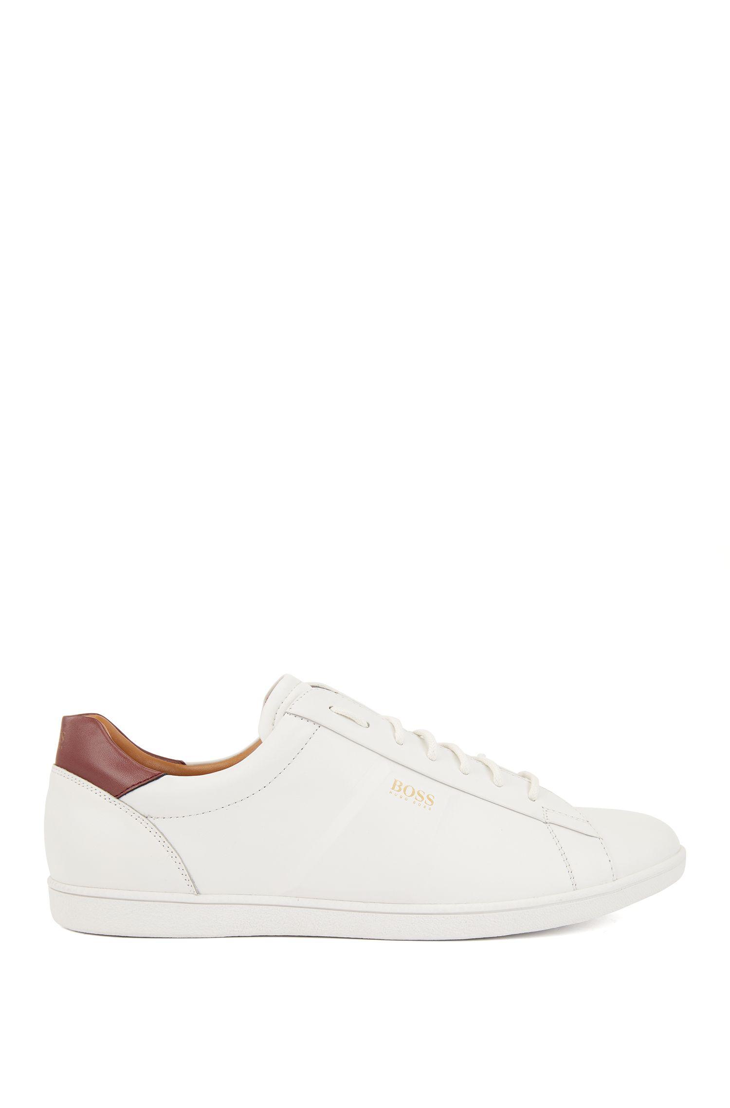 Lage sneakers van nappaleer met reliëfdetails, Wit