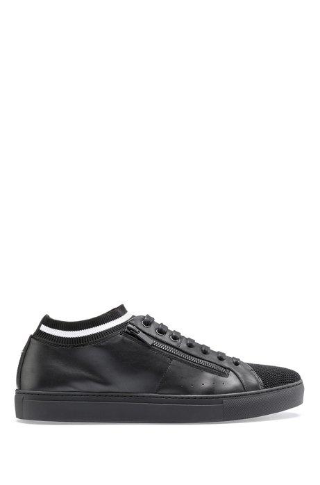 Sneakers aus Nappaleder im Tennis-Stil mit Strickeinsatz, Schwarz