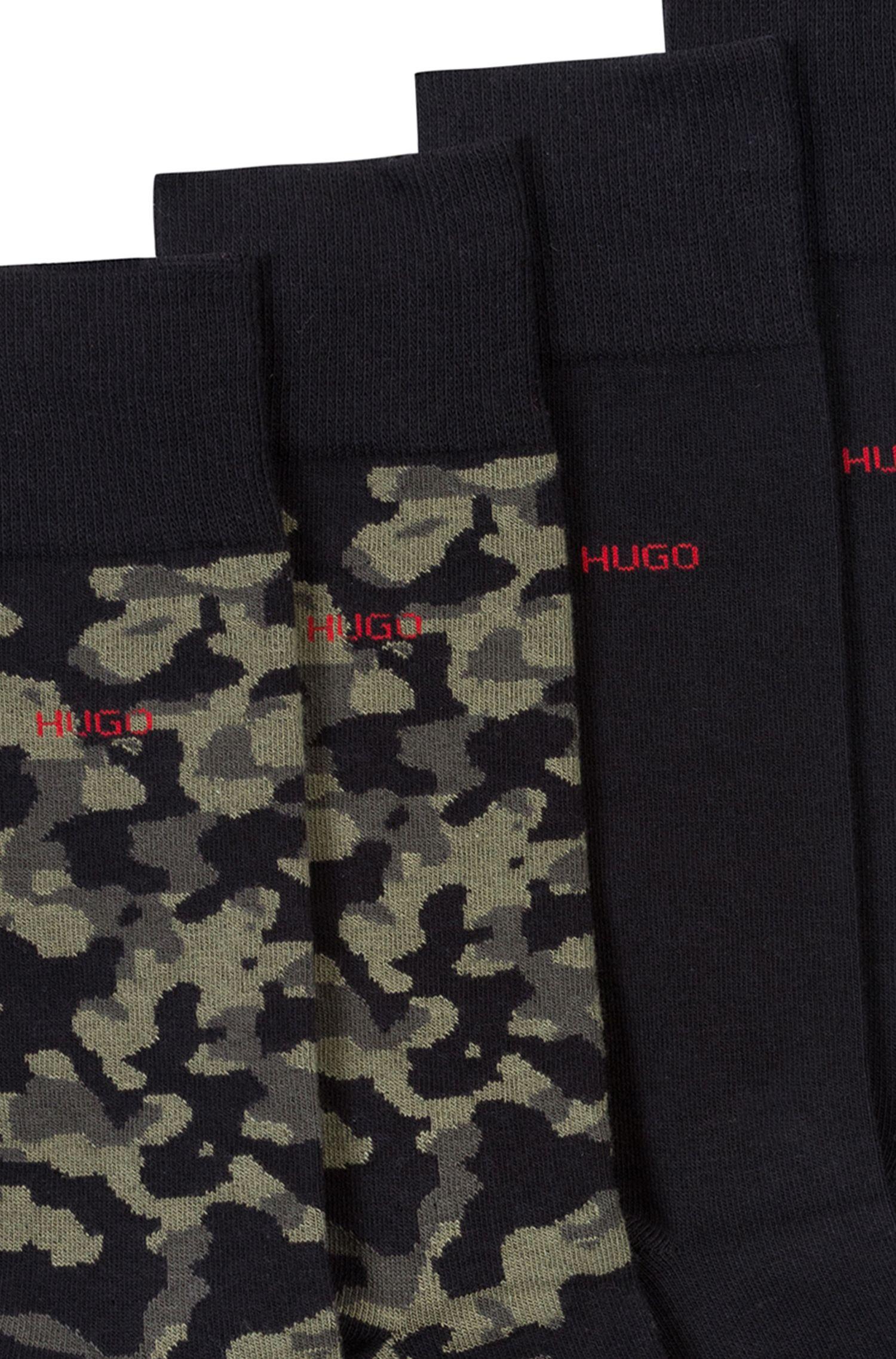 Zweier-Pack Socken aus Baumwoll-Mix mit unifarbenem Dessin und Camouflage-Motiv, Schwarz