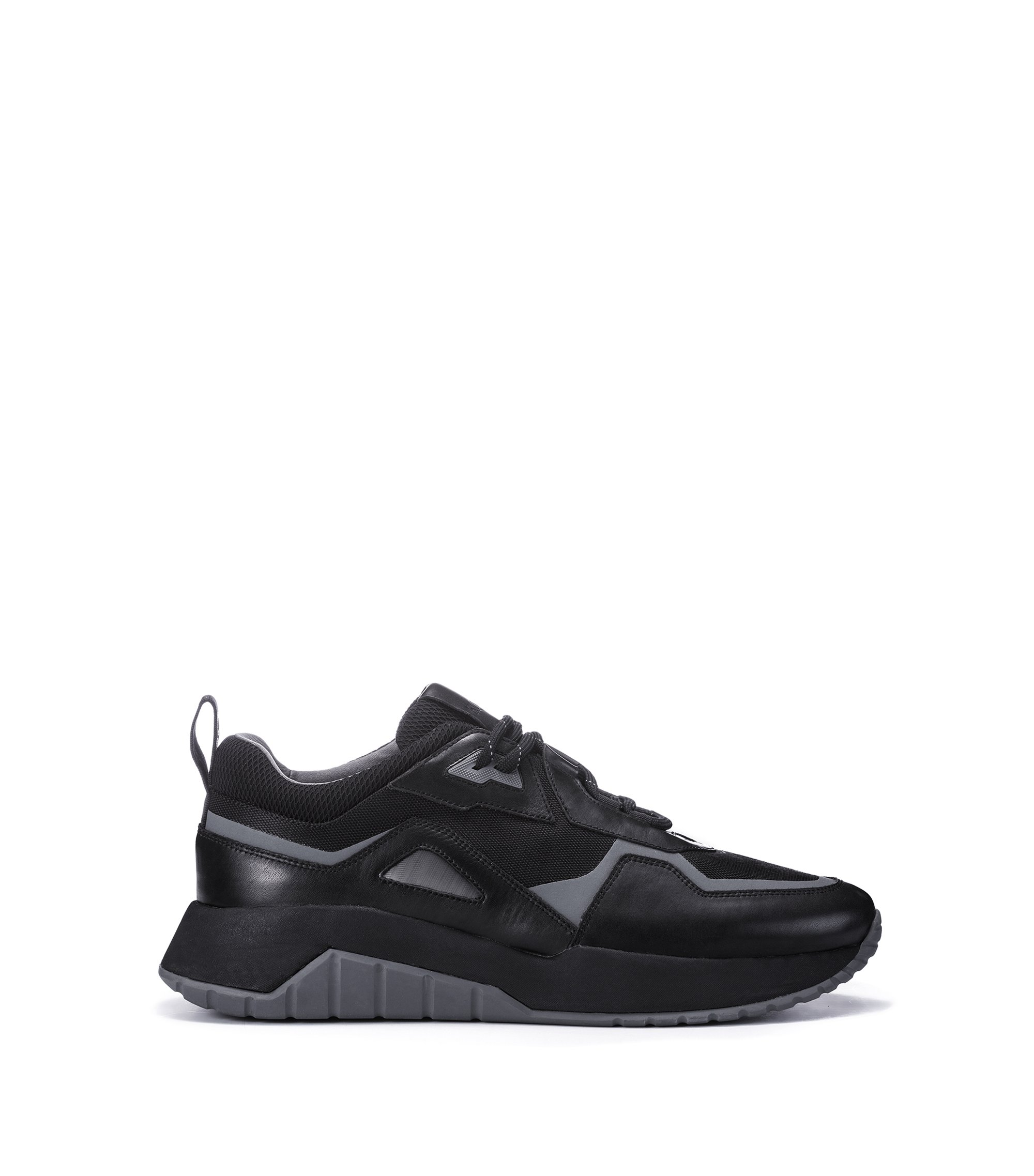 Lace-up trainers with hybrid uppers and chunky soles, Noir