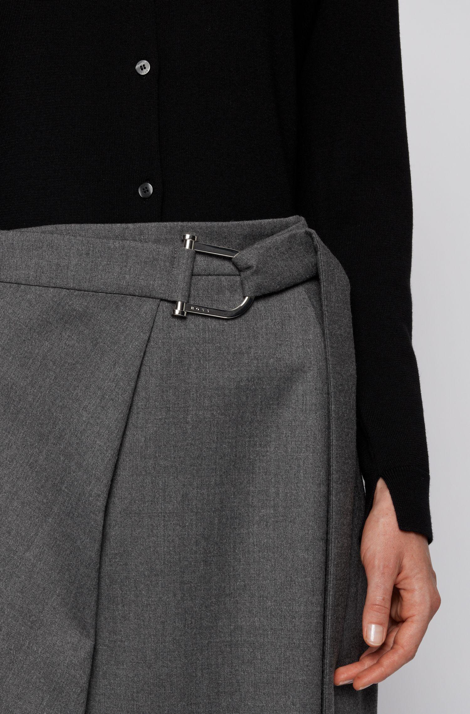 Cardigan à col ras-du-cou en laine vierge, avec fermeture boutonnée, Noir