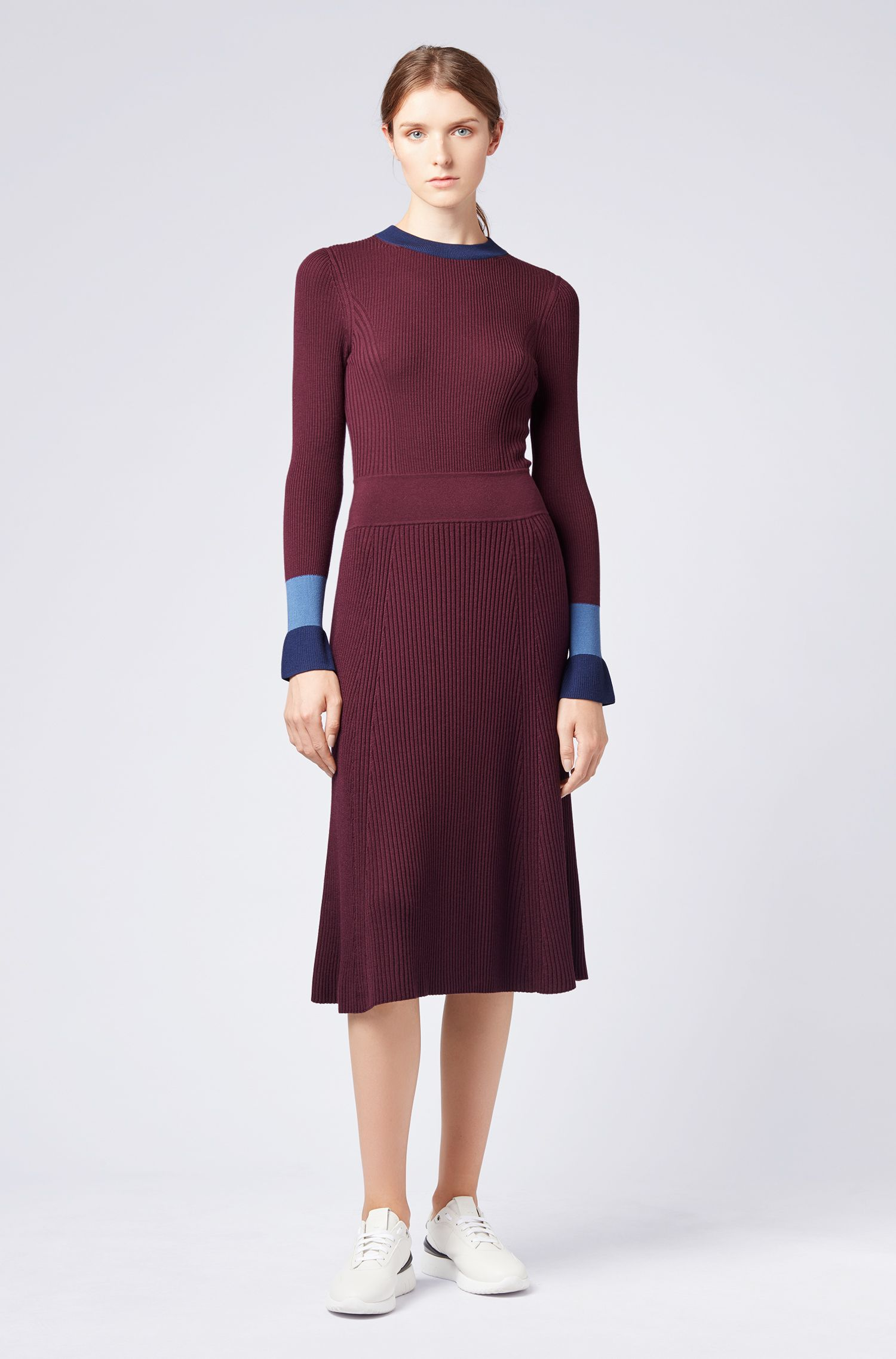 Knitted long-sleeved dress with colour-blocking, Patterned