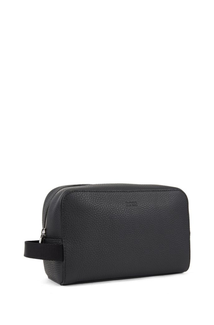 Washbag in grained Italian leather
