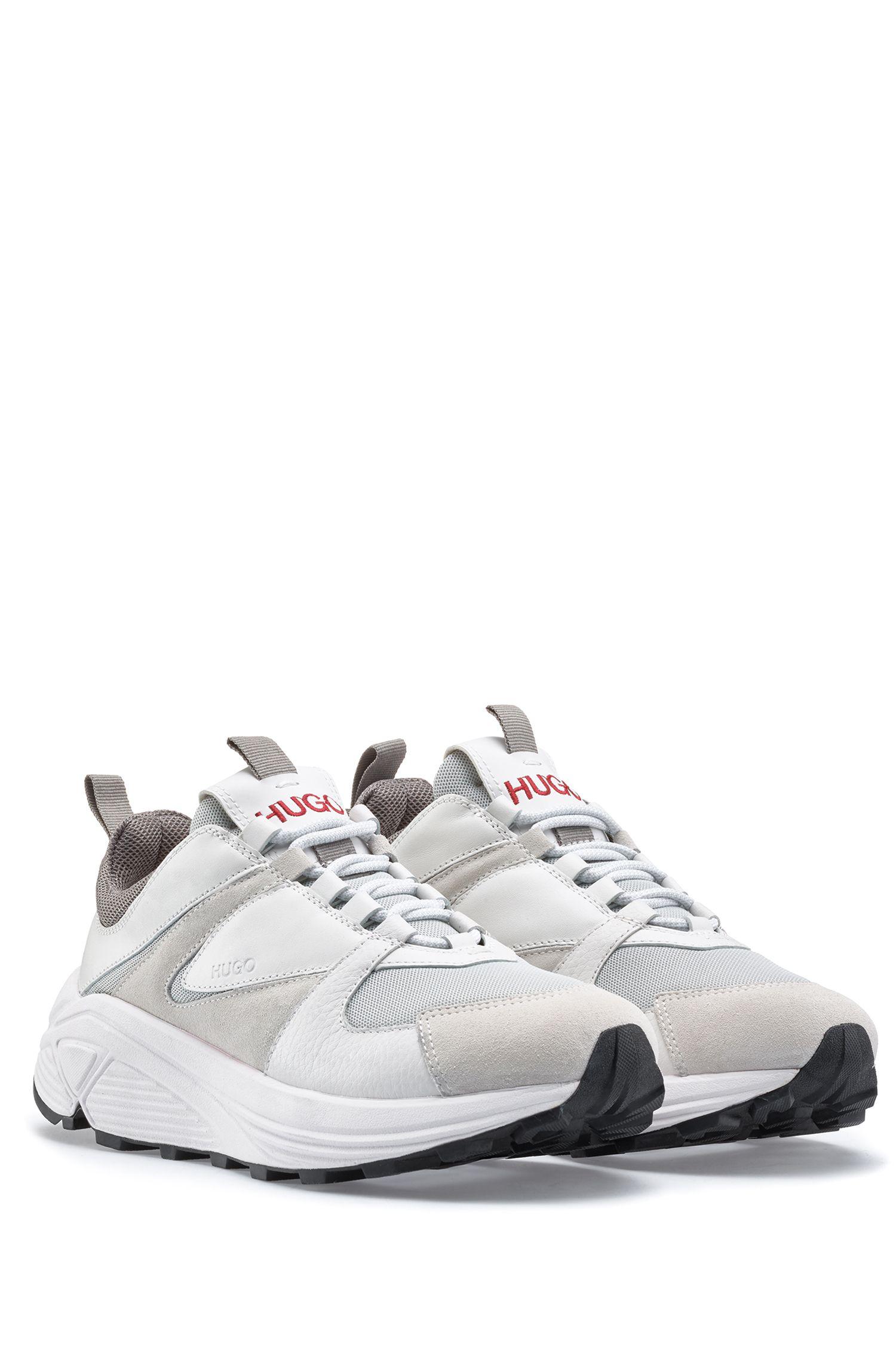 Sneakers aus Mesh, Veloursleder und Leder mit dicker Sohle, Weiß