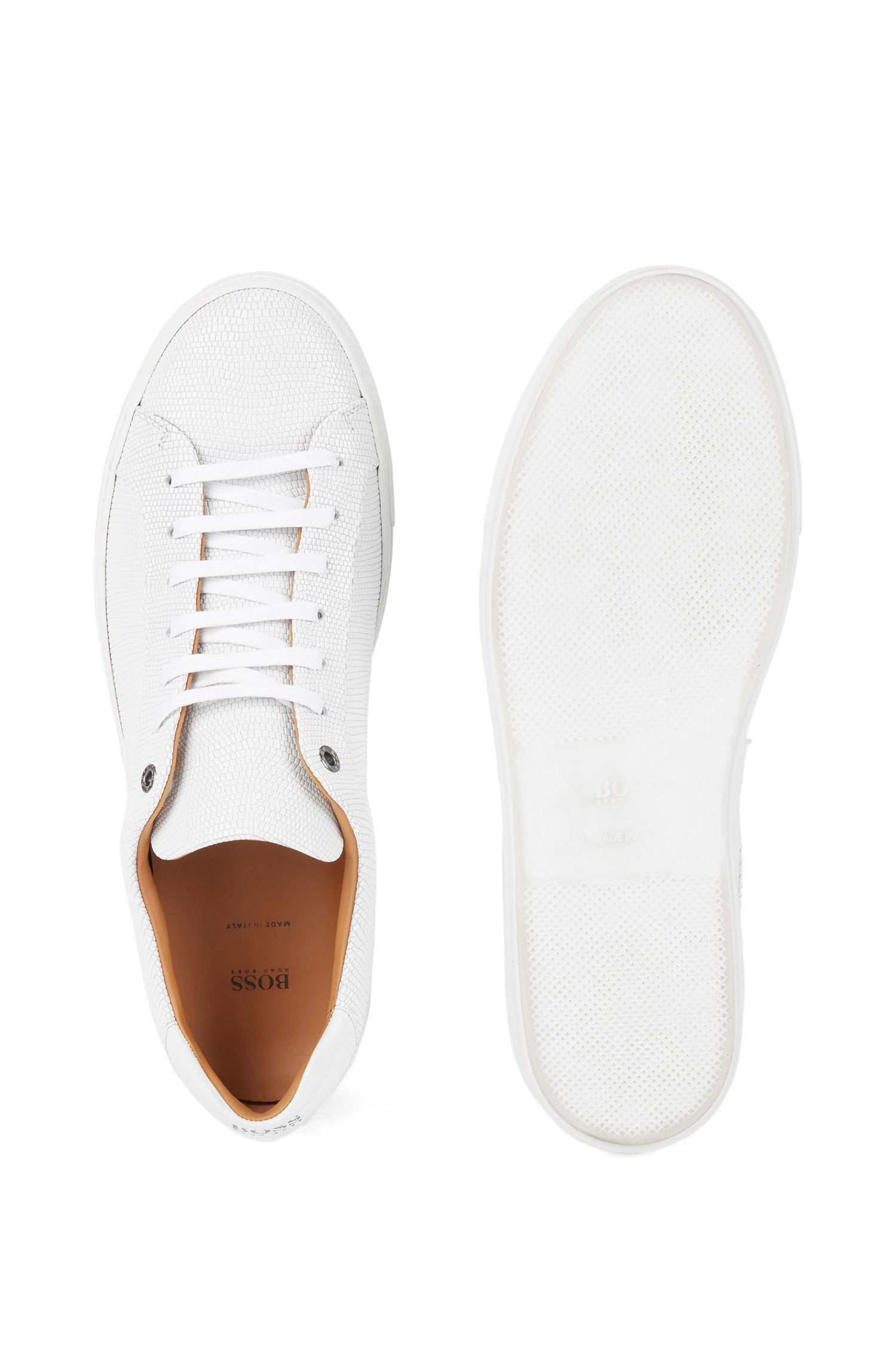 Baskets en cuir de veau embossé inspirées des tennis, Blanc