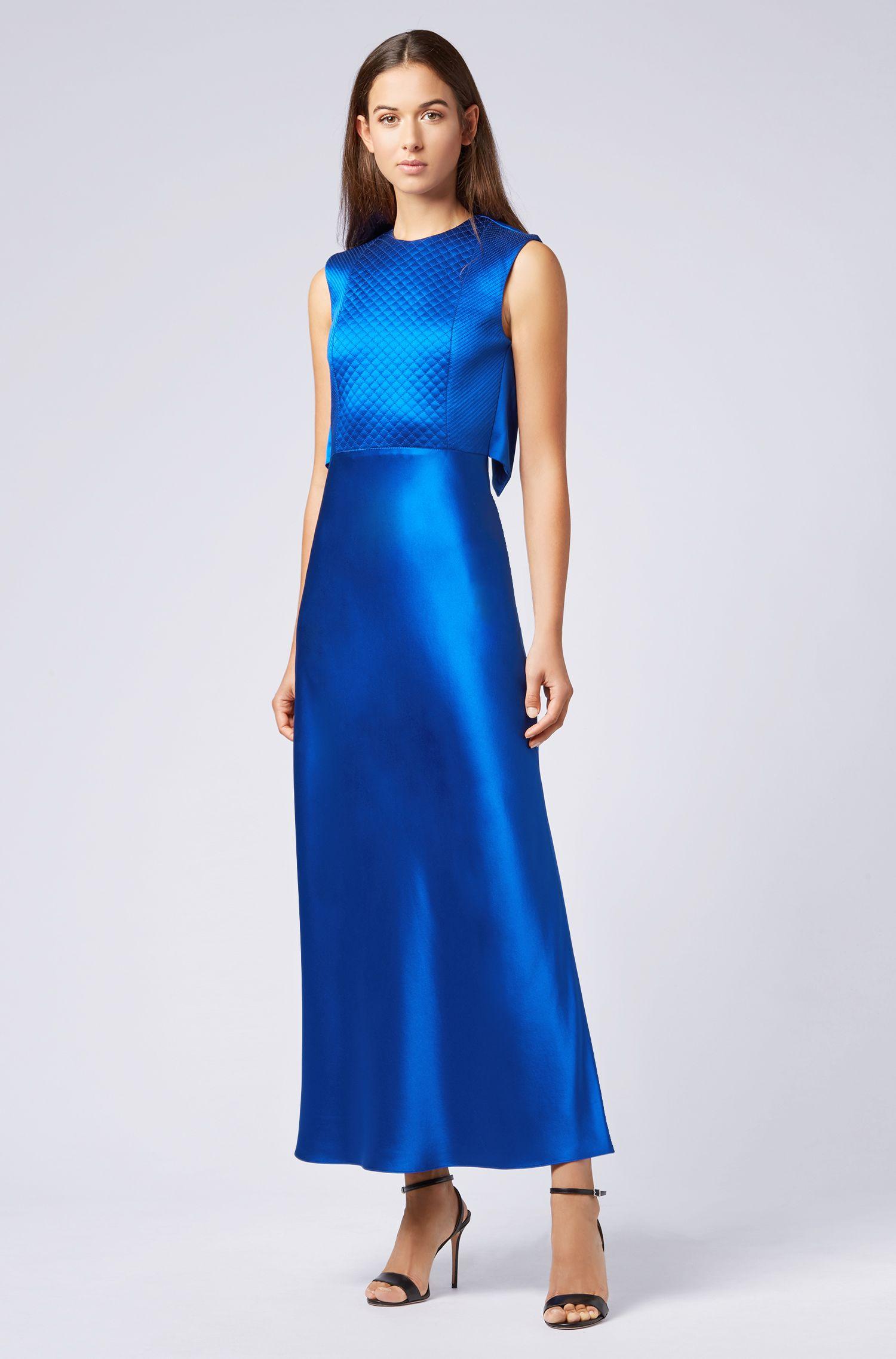 Robe Collection Gallery en crêpe brillant, coupée dans le biais, Bleu