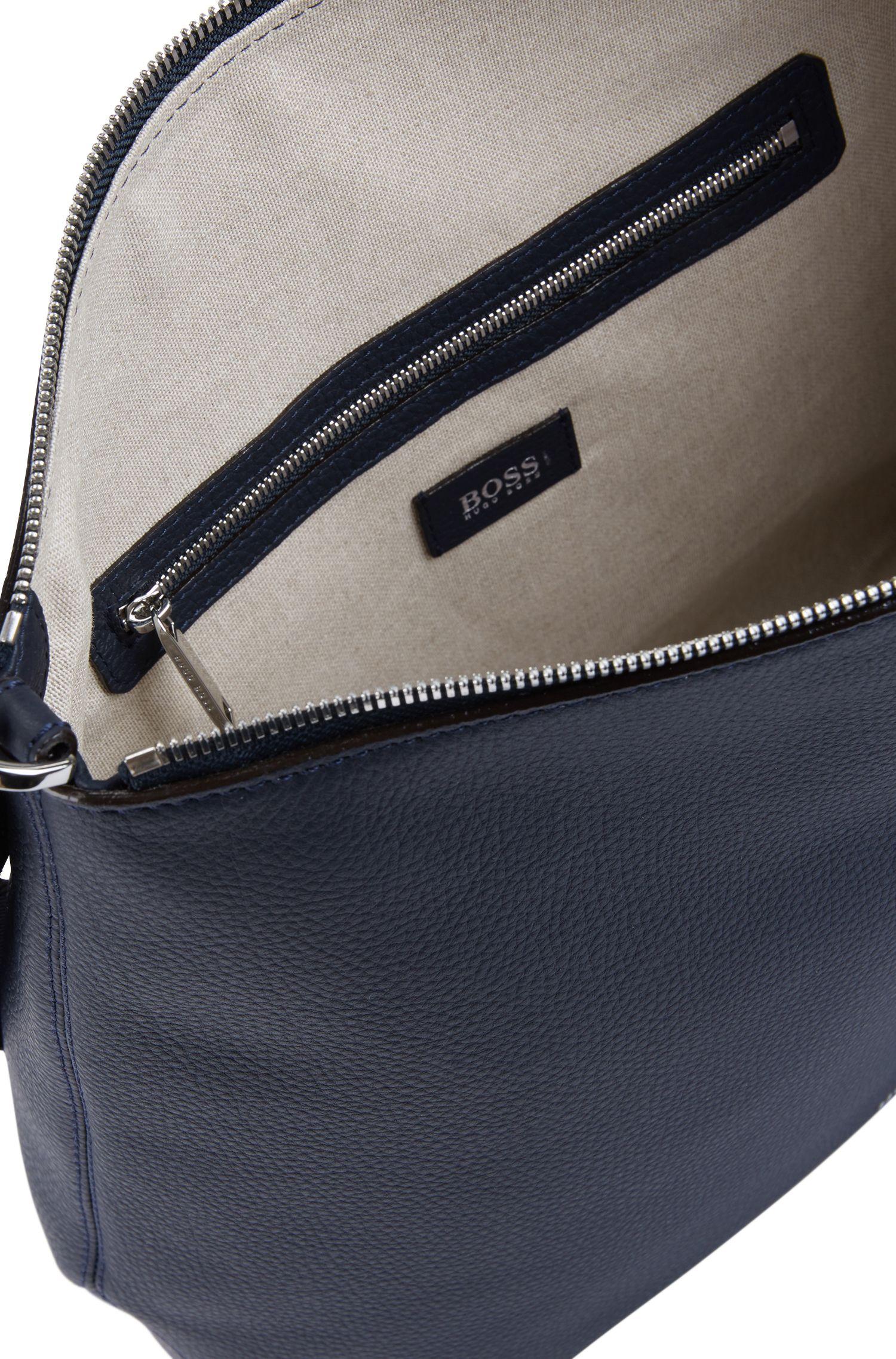 Hobo bag in grainy Italian leather with detachable strap, Dark Blue