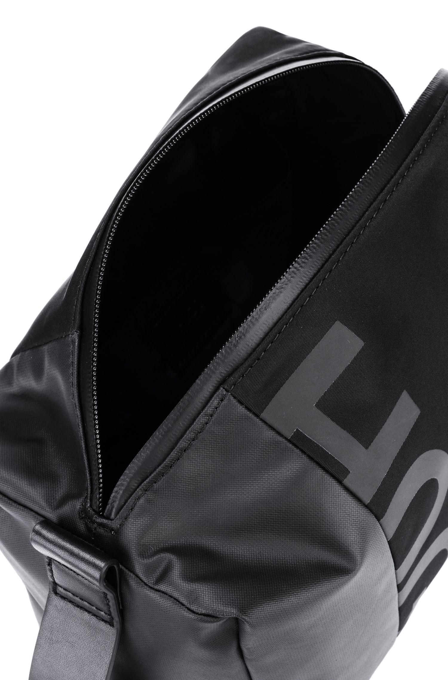 Kulturbeutel aus Gabardine mit Reißverschluss und Reversed-Logo, Schwarz