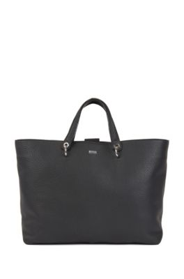 Tote bag in grainy Italian leather with multifunctional straps