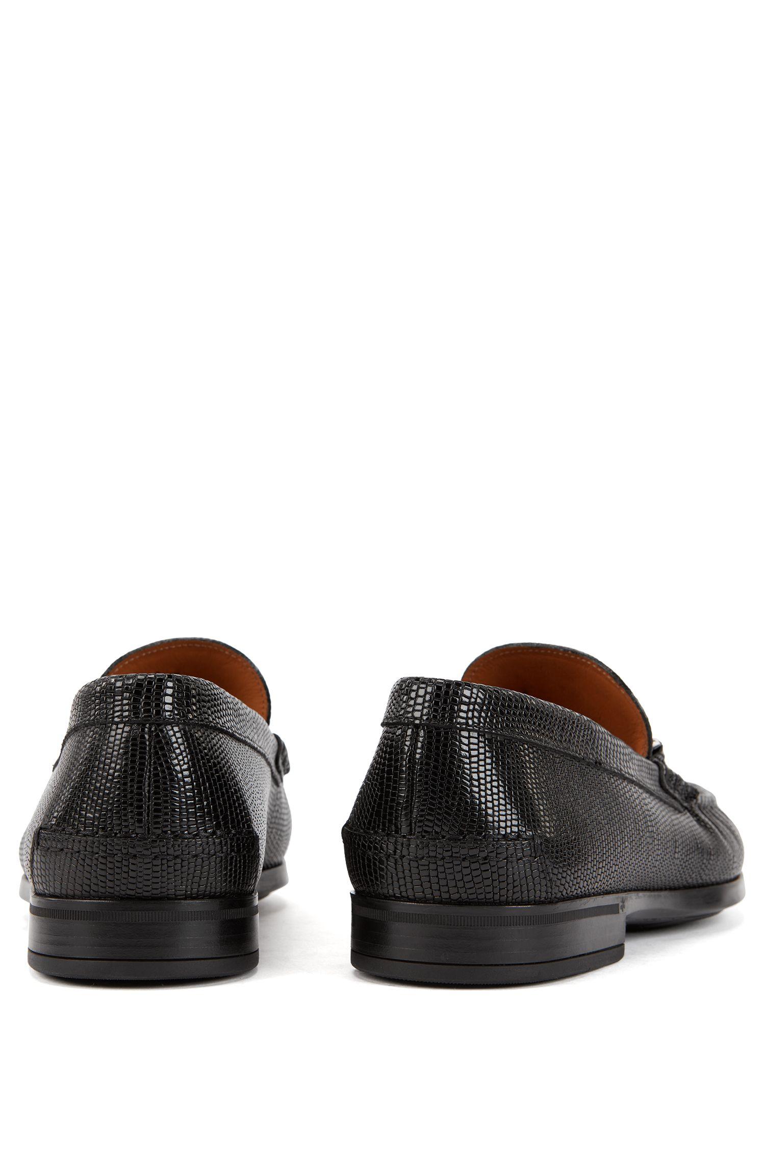 In Italien gefertigte Mokassins aus geprägtem Leder, Schwarz