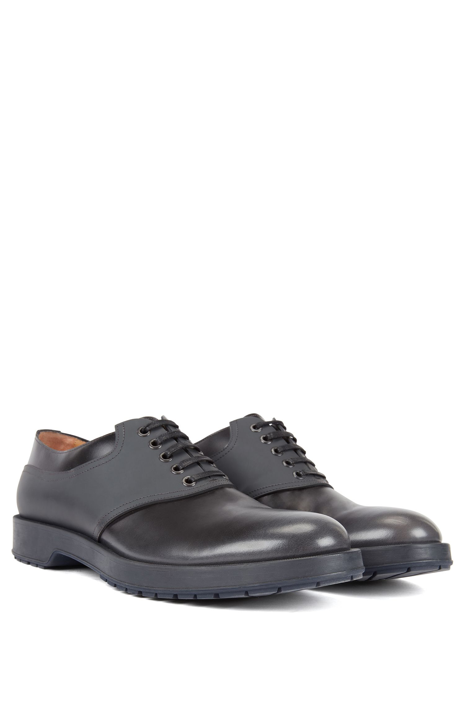 Derby shoes in brush-off leather with rubberised detail, Dark Grey