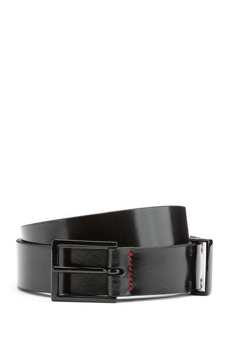 Cinturón de piel lisa con herrajes barnizados en negro, Negro