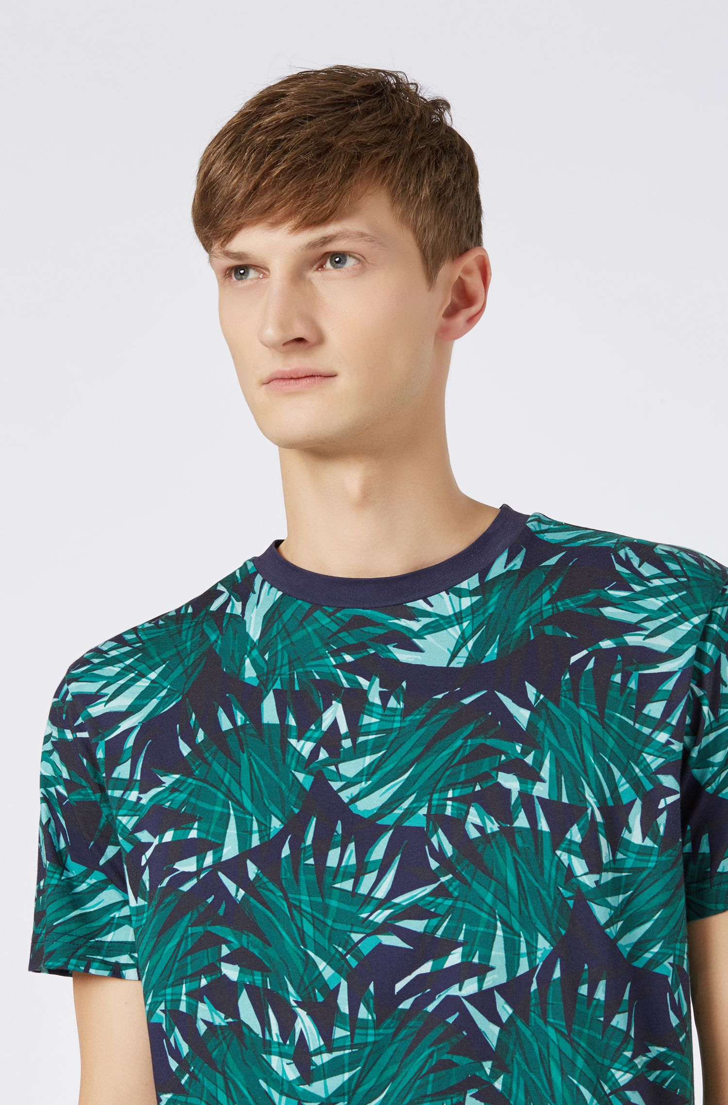 T-shirt relaxed fit in cotone con stampa con foglie all-over, Blu scuro