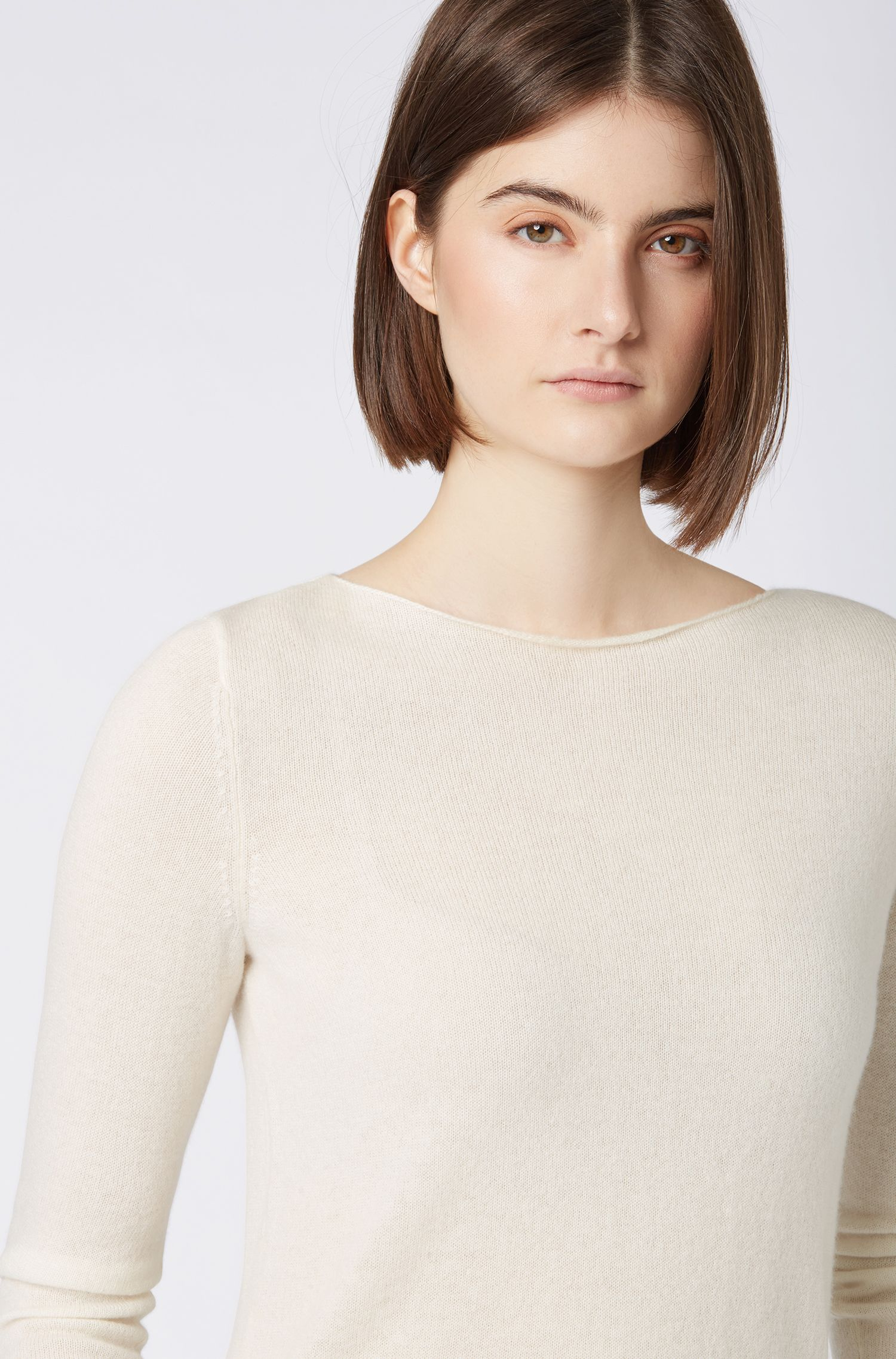 Boat-neck sweater in pure cashmere, Natural