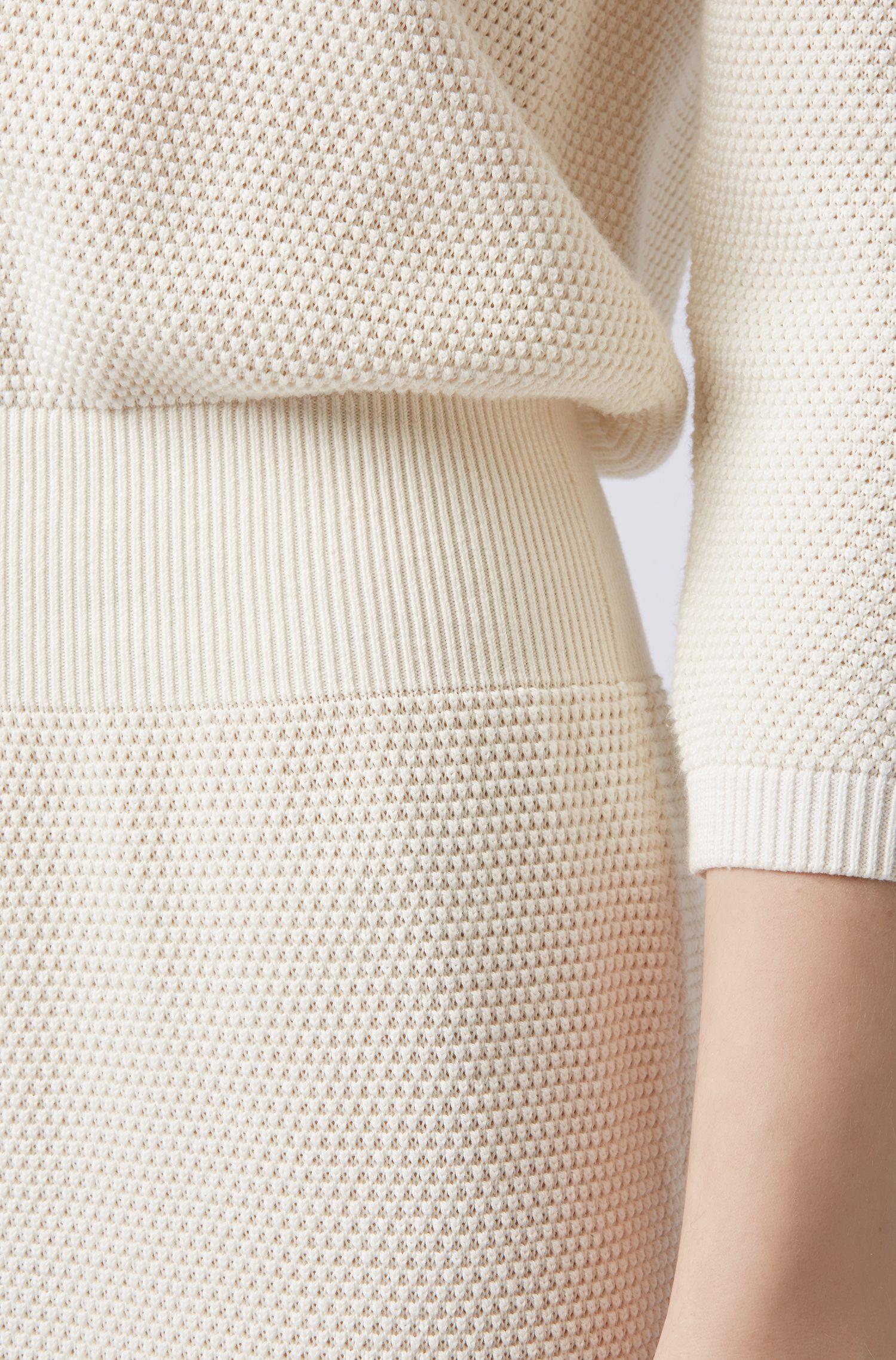 Relaxed-Fit Strickkleid aus Baumwolle mit Seide, Natur
