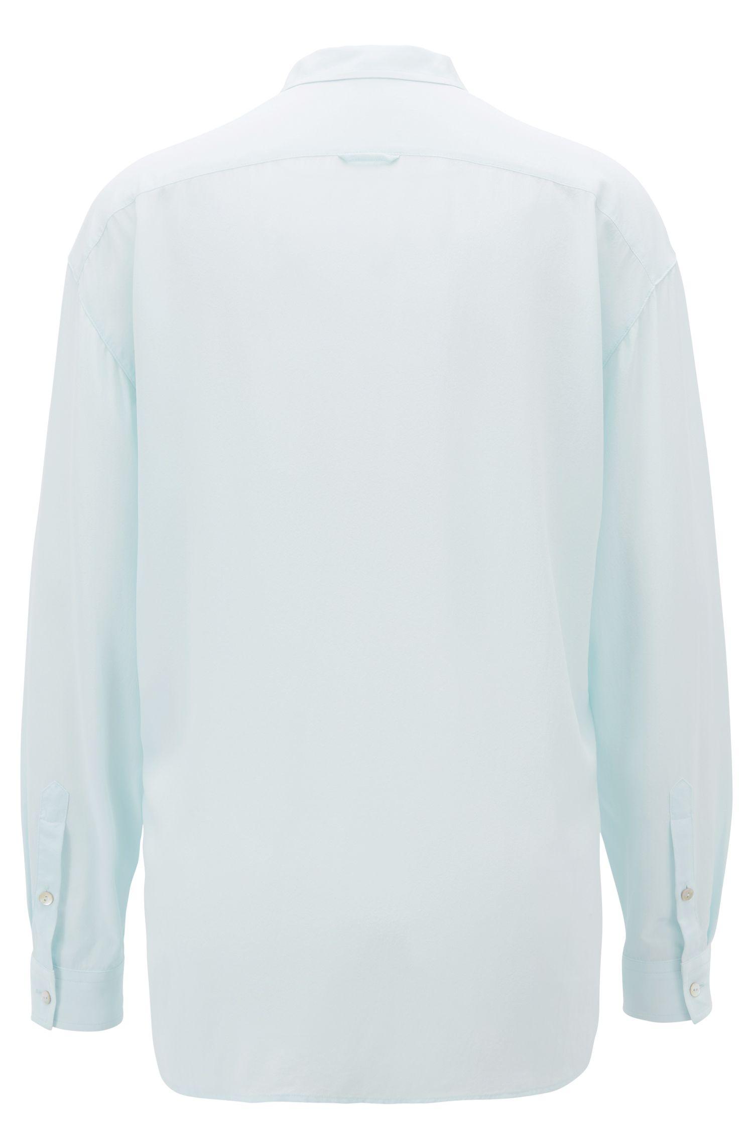 Oversized Bluse aus gewaschener Seide, Hellblau