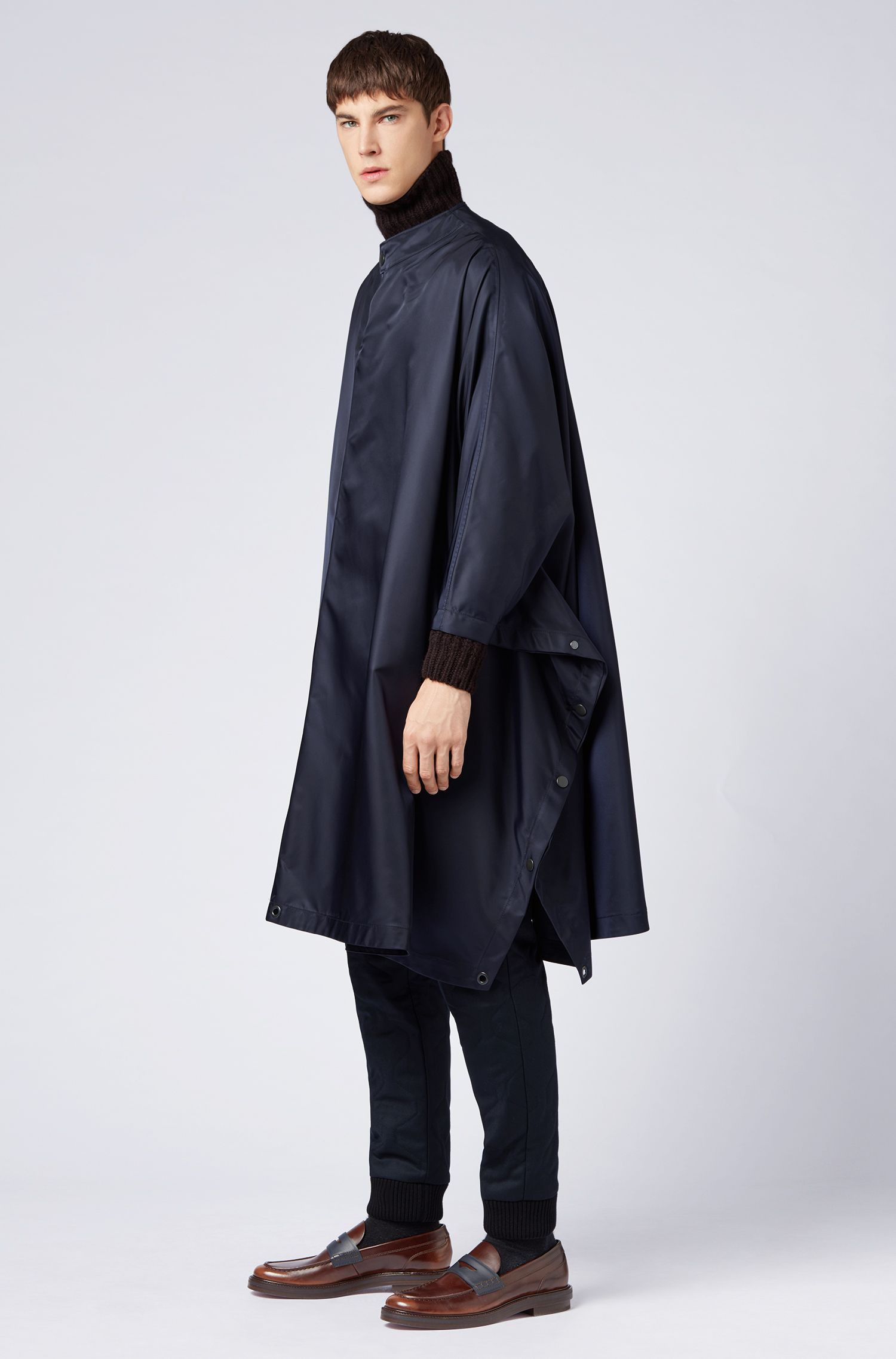 Relaxed-Fit Cape aus Material-Mix aus der Fashion Show Capsule, Dunkelblau
