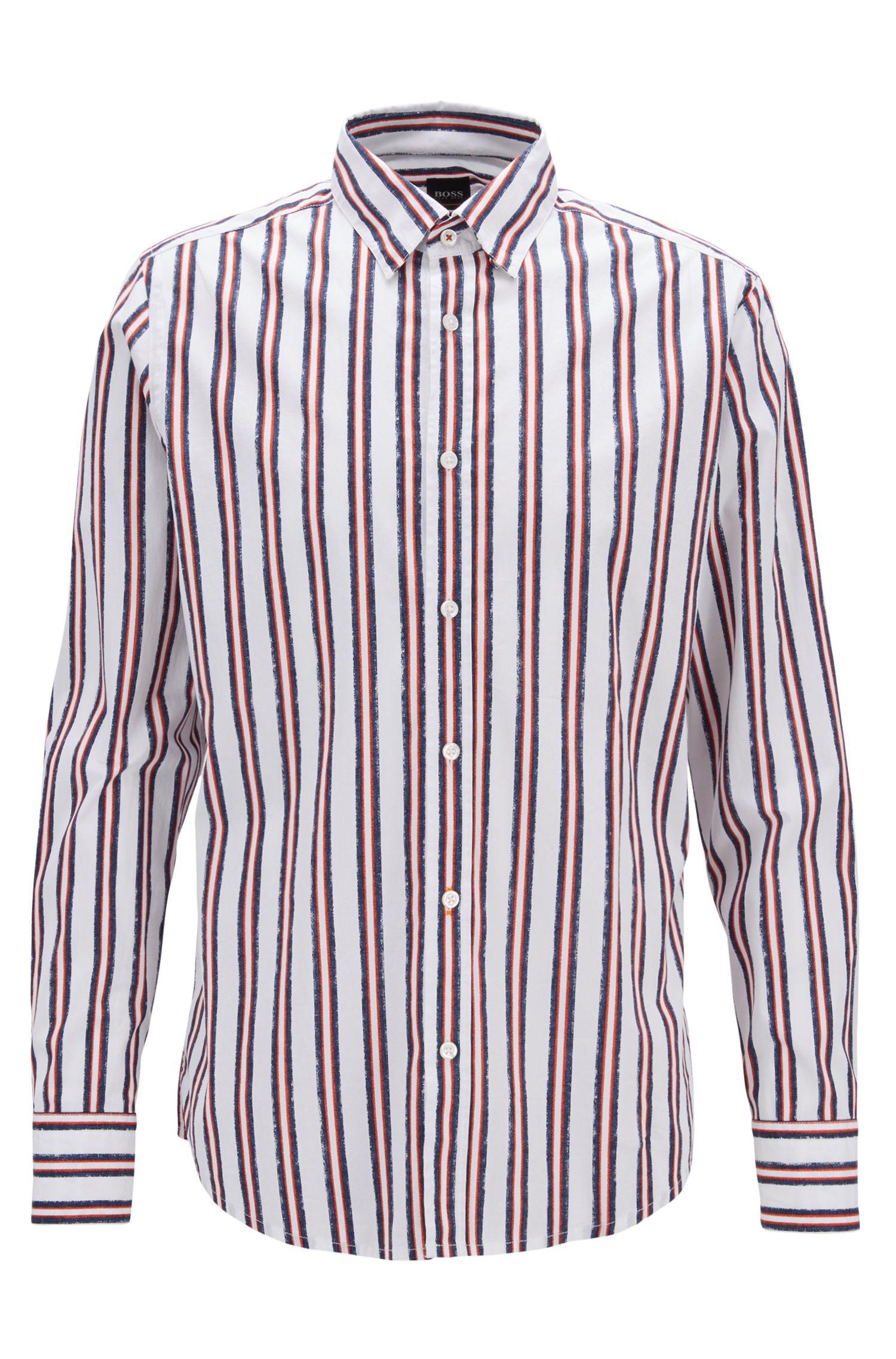 Camisa regular fit de algodón elástico con rayas estampadas, Naranja oscuro