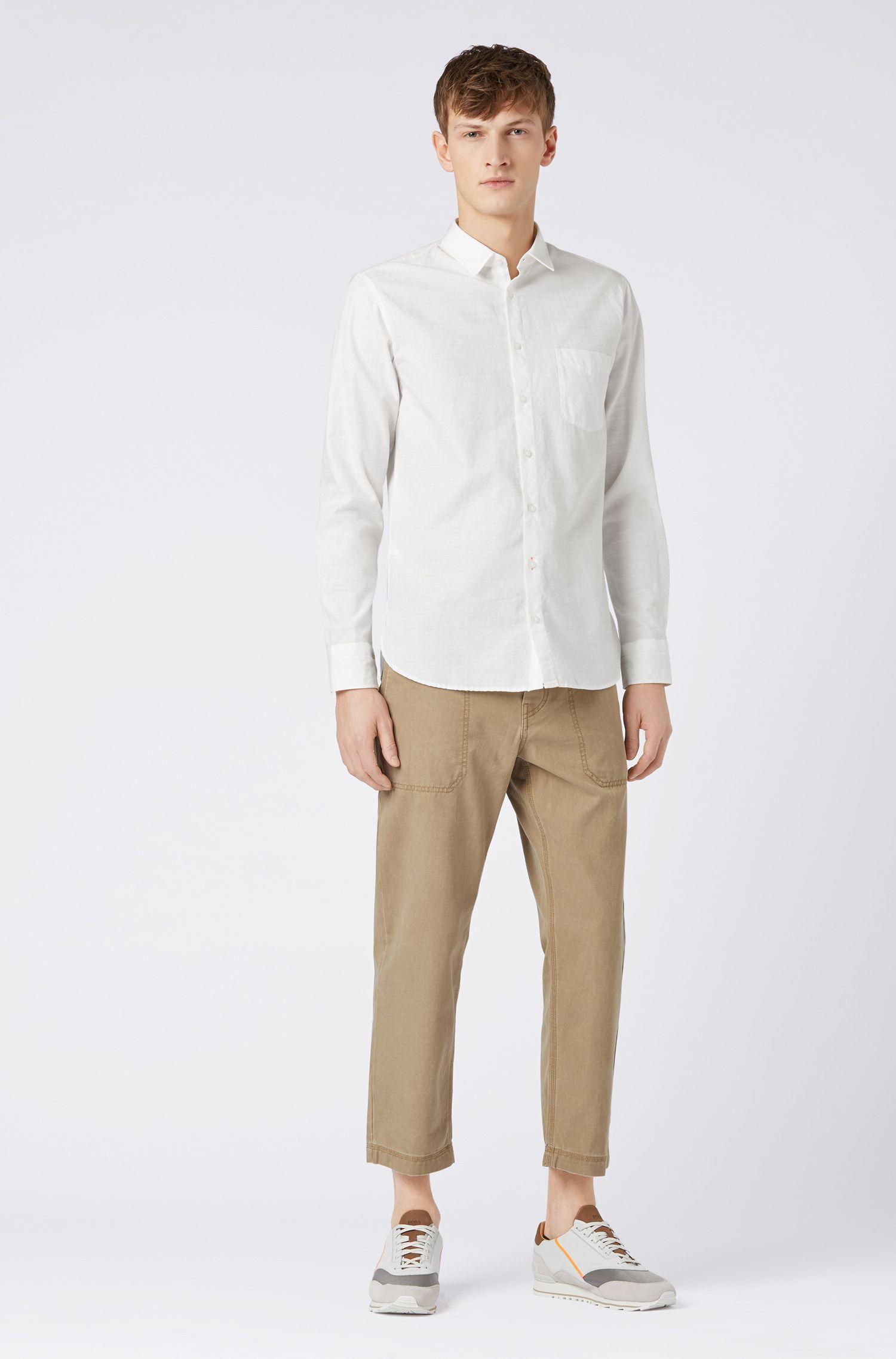 Slim-fit overhemd van milieuvriendelijke gebleekte katoen met dobbystructuur, Wit