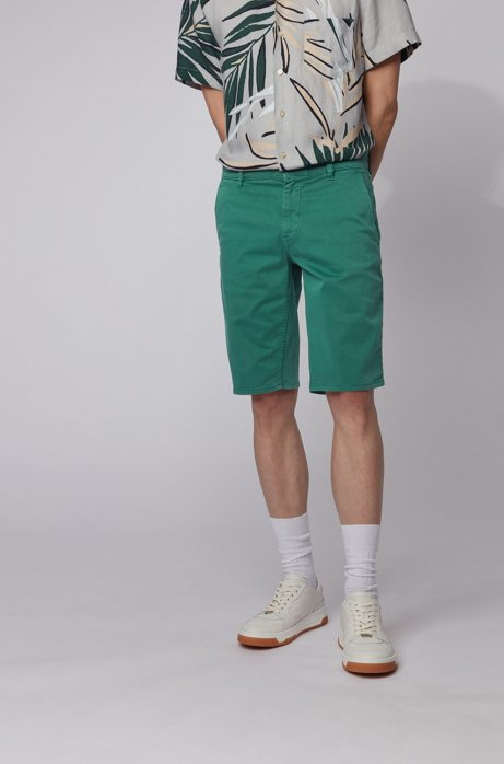 Short chino Slim Fit en satin stretch double teinte, Vert